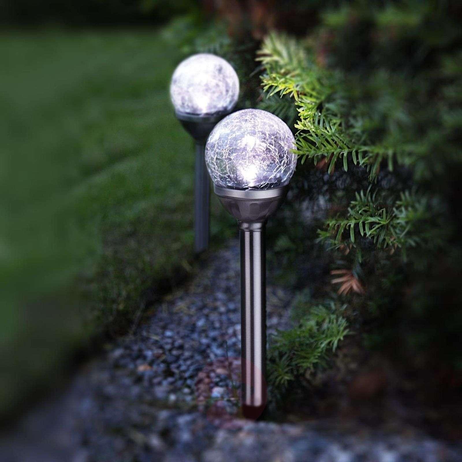 2 kpl LED-aurinkokennotankoja, joissa pallot-1522324-01