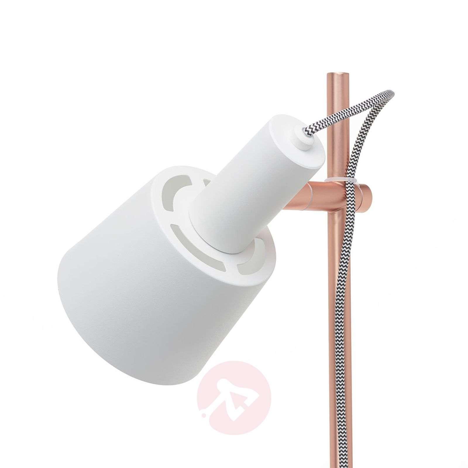 2-lamppua-Haldar-lattiavalaisin, valkoinen/kupari-7601043-01