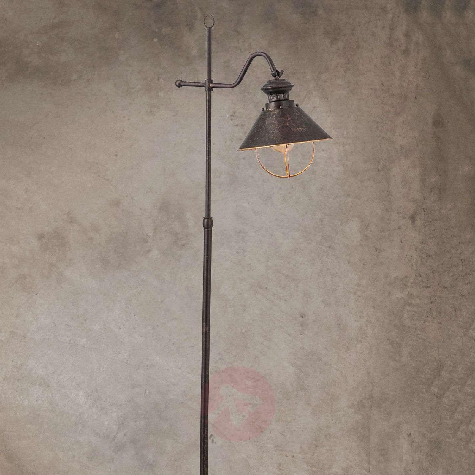 Antiikkityylinen Shanta-lattiavalaisin-7255172-01