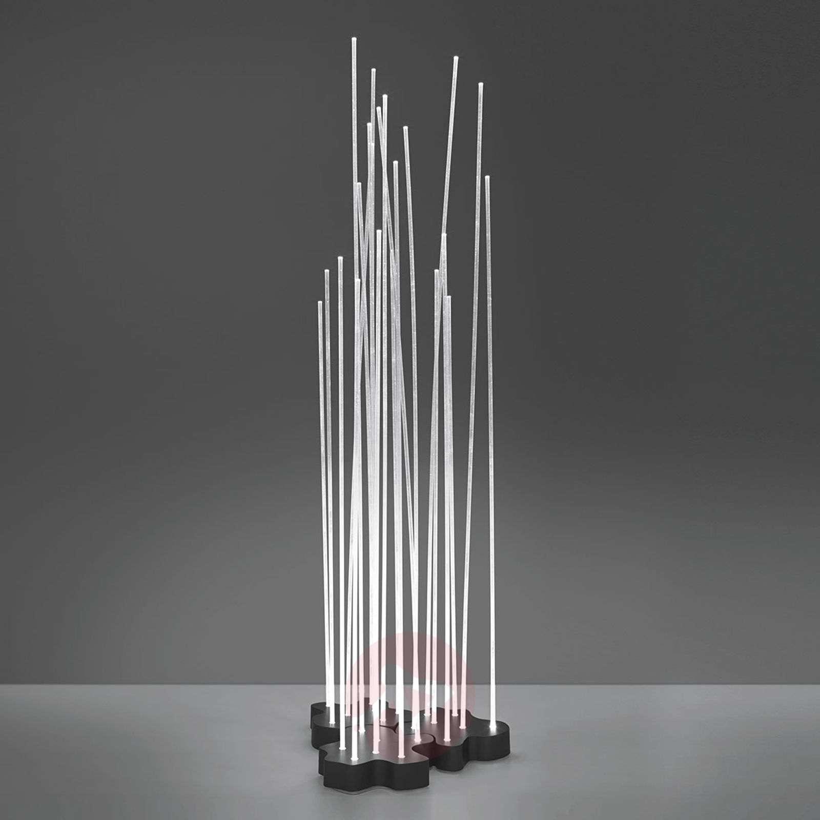 Artemide Reeds IP67 Triple LED-maavalaisin 3-os.-1061022-01