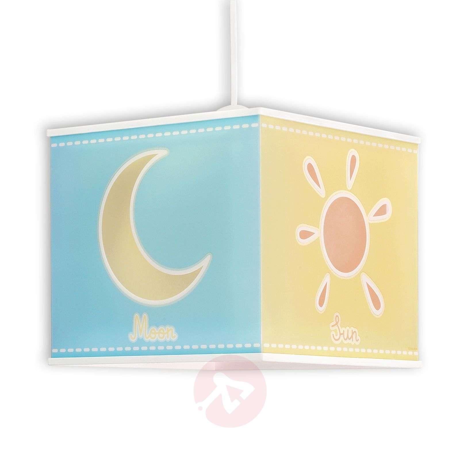 Aurinko, kuu ja tähdet – riippuvalaisin Nature-2507350-01