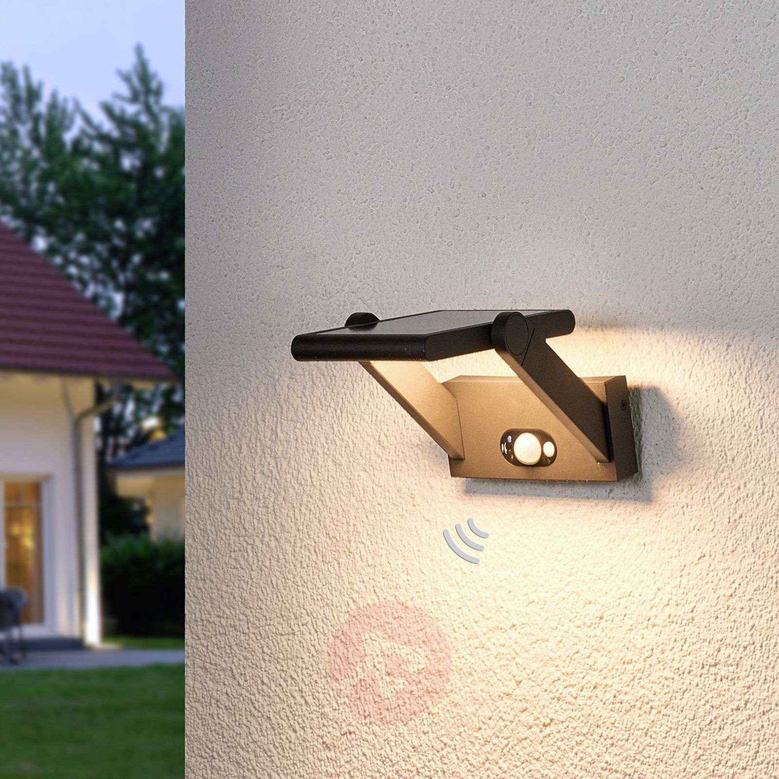 Aurinkokäyttöinen Valerian-LED-ulkoseinävalaisin-9619063-01