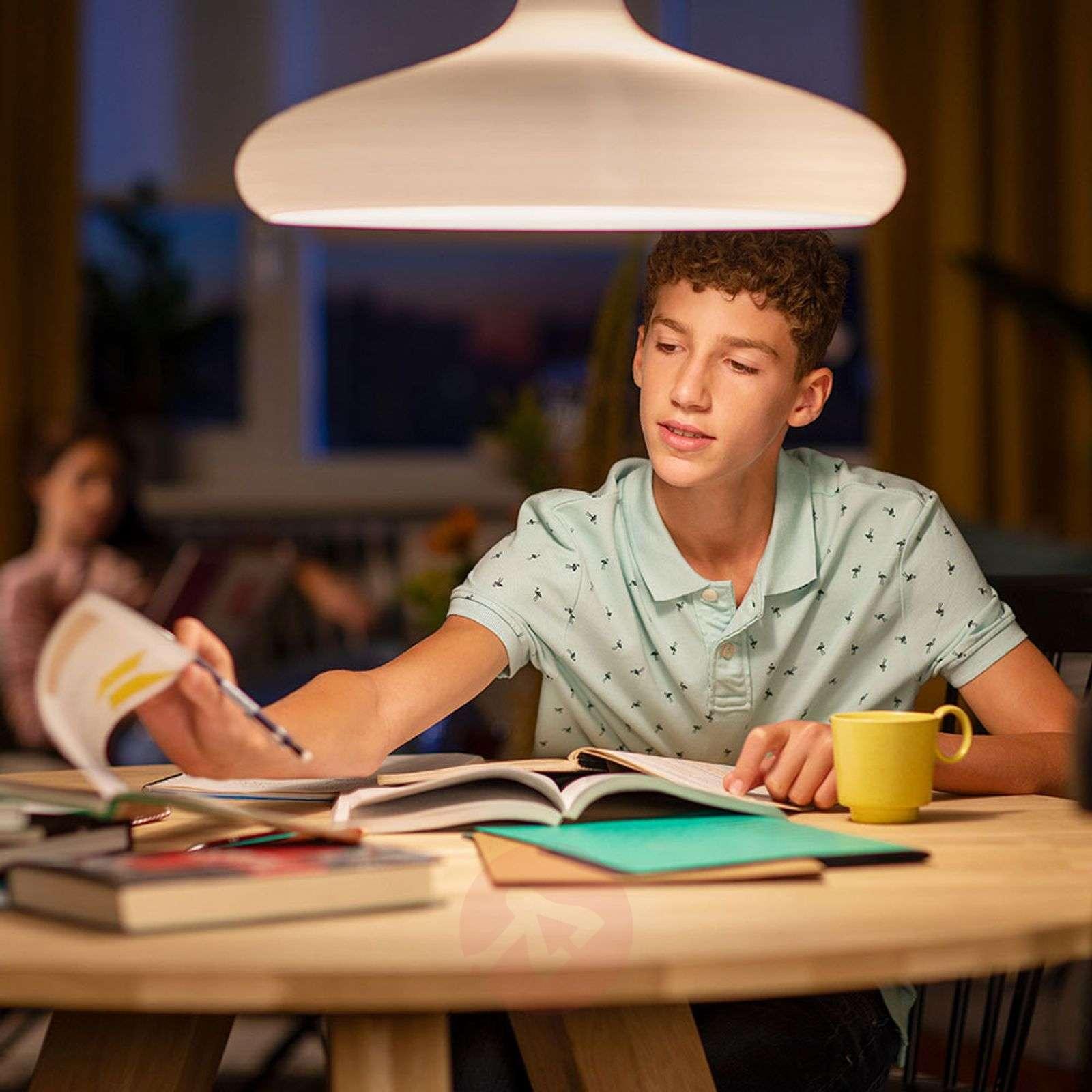 E27 7W 827 LED-globe-lamppu G95 kirkas-7530715-01