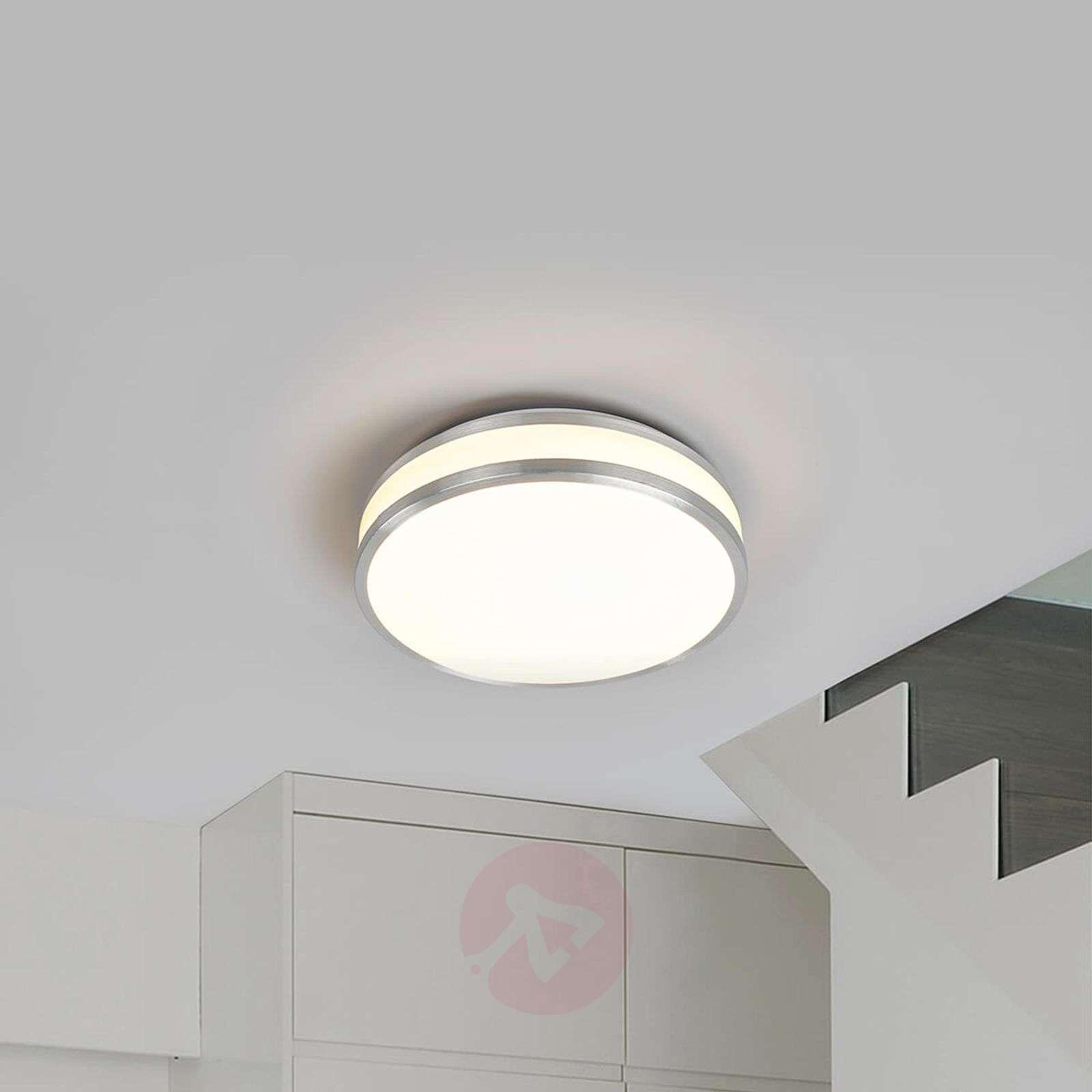 Edona – kattolamppu kirkkailla LEDeillä-9974024-01