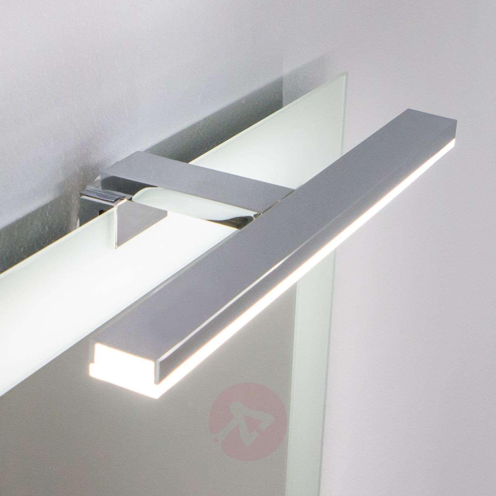 Energiaa säästävä LED-peilivalo Esther S3, IP44-3052028-01