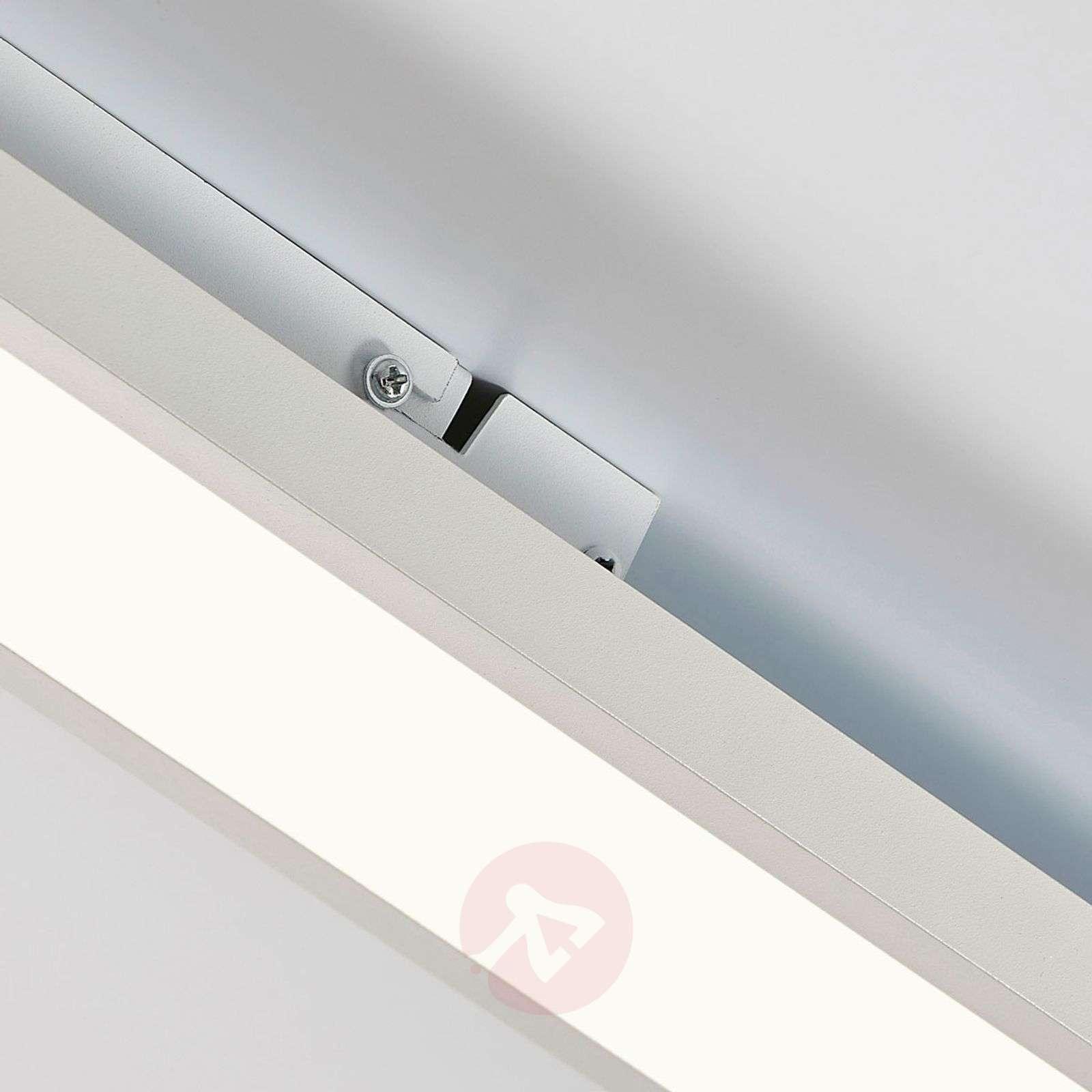 Enora – LED-paneeli, jossa hyvä valoteho-9621220-02