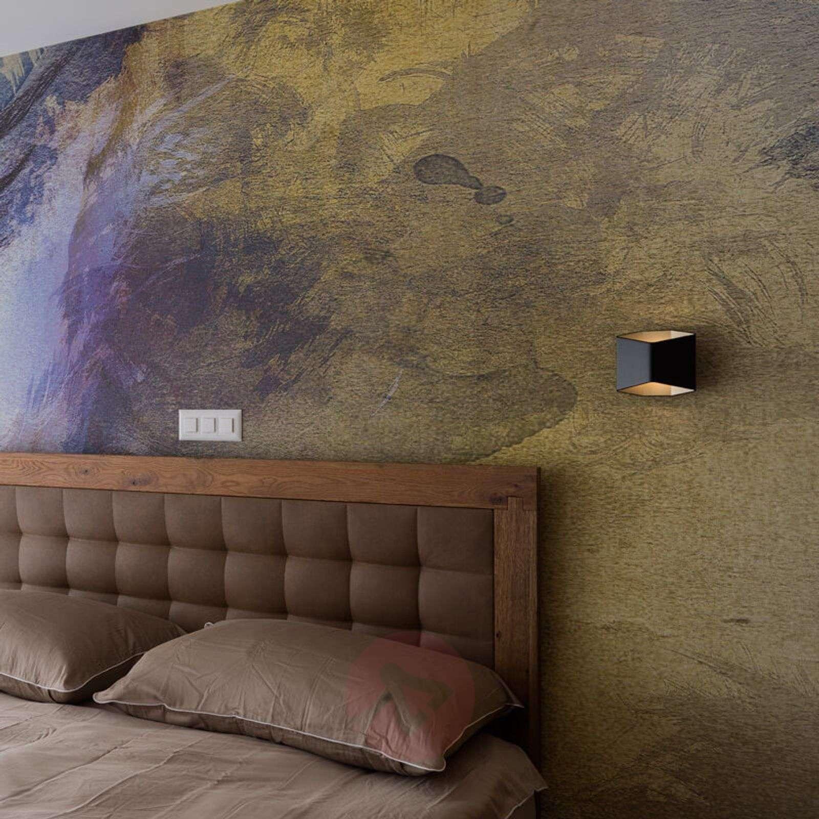 Erikoinen LED-seinävalaisin Cariso-5504757-01