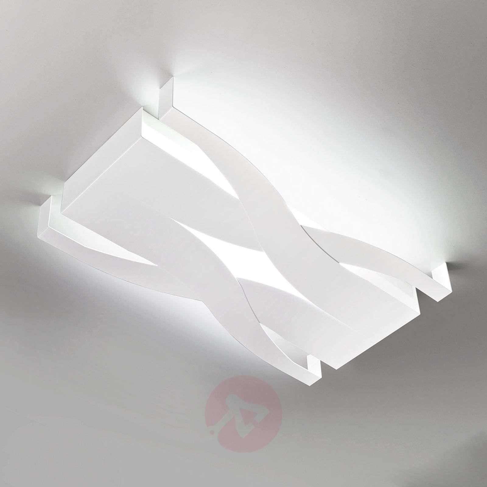 Fifi-kattovalaisin satumaisella designilla-8525717-01