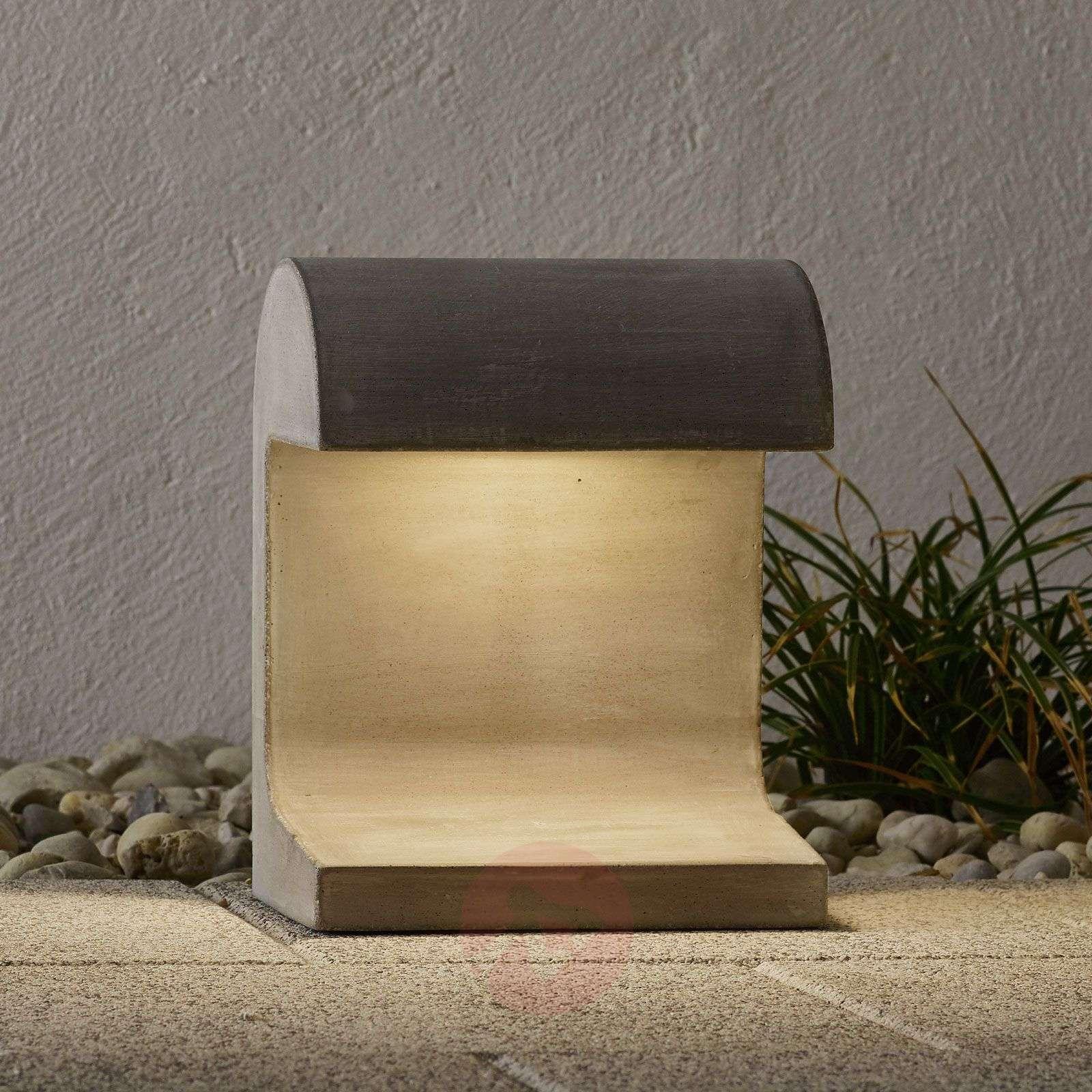 FLOS Casting Concrete LED-pollarivalaisin 3000K-3510386-01