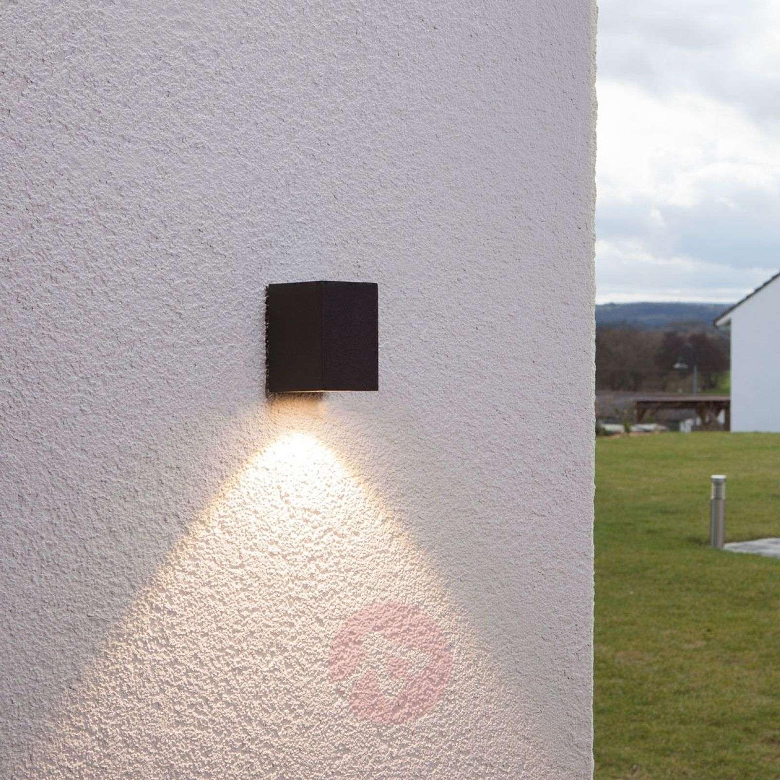 Grafiitinharmaa LED-valaisin Tavi, korkeus 9,5 cm-9616014-01