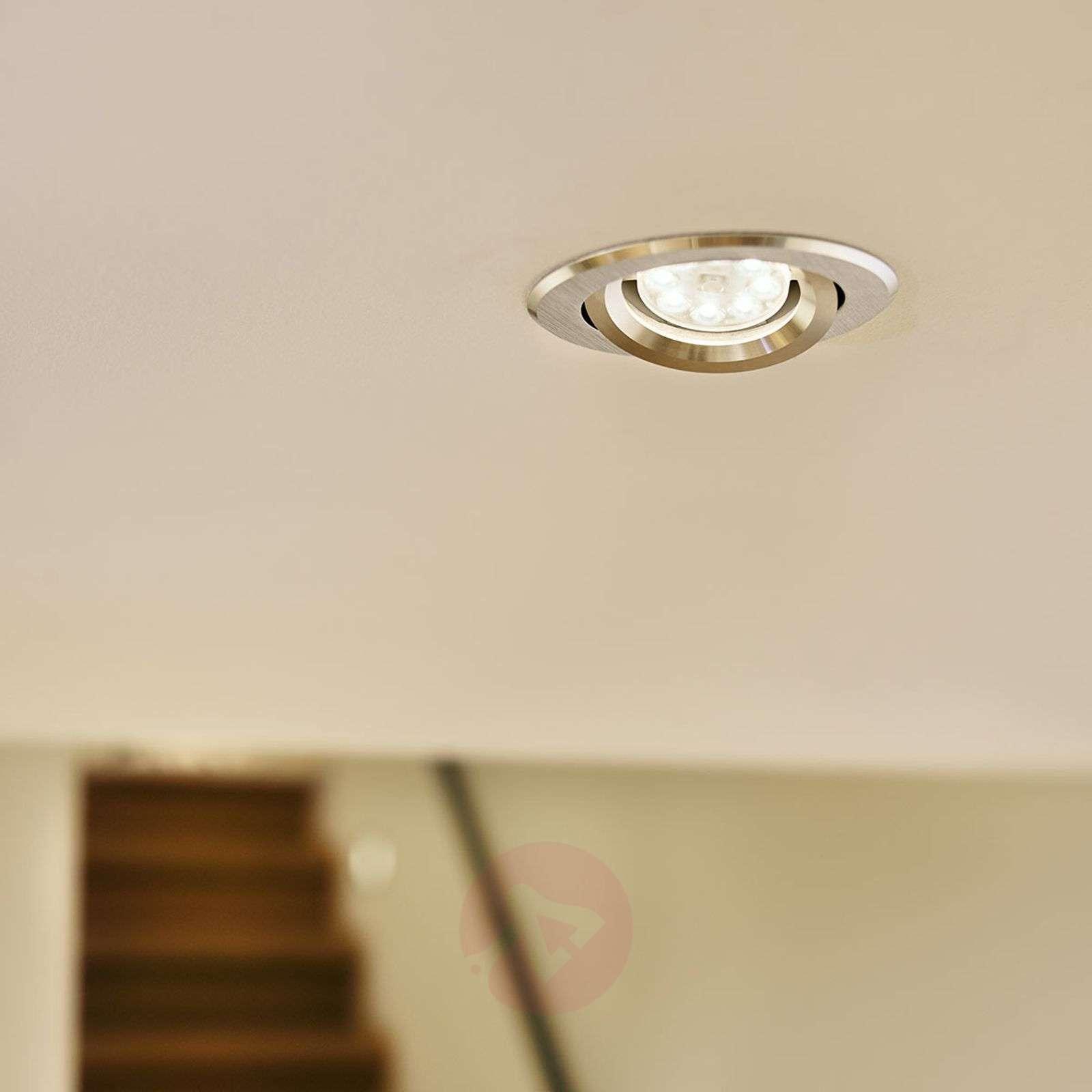 GU10 PAR16-LED-heijastinlamppu 4,6W, 2700K-7530802-01