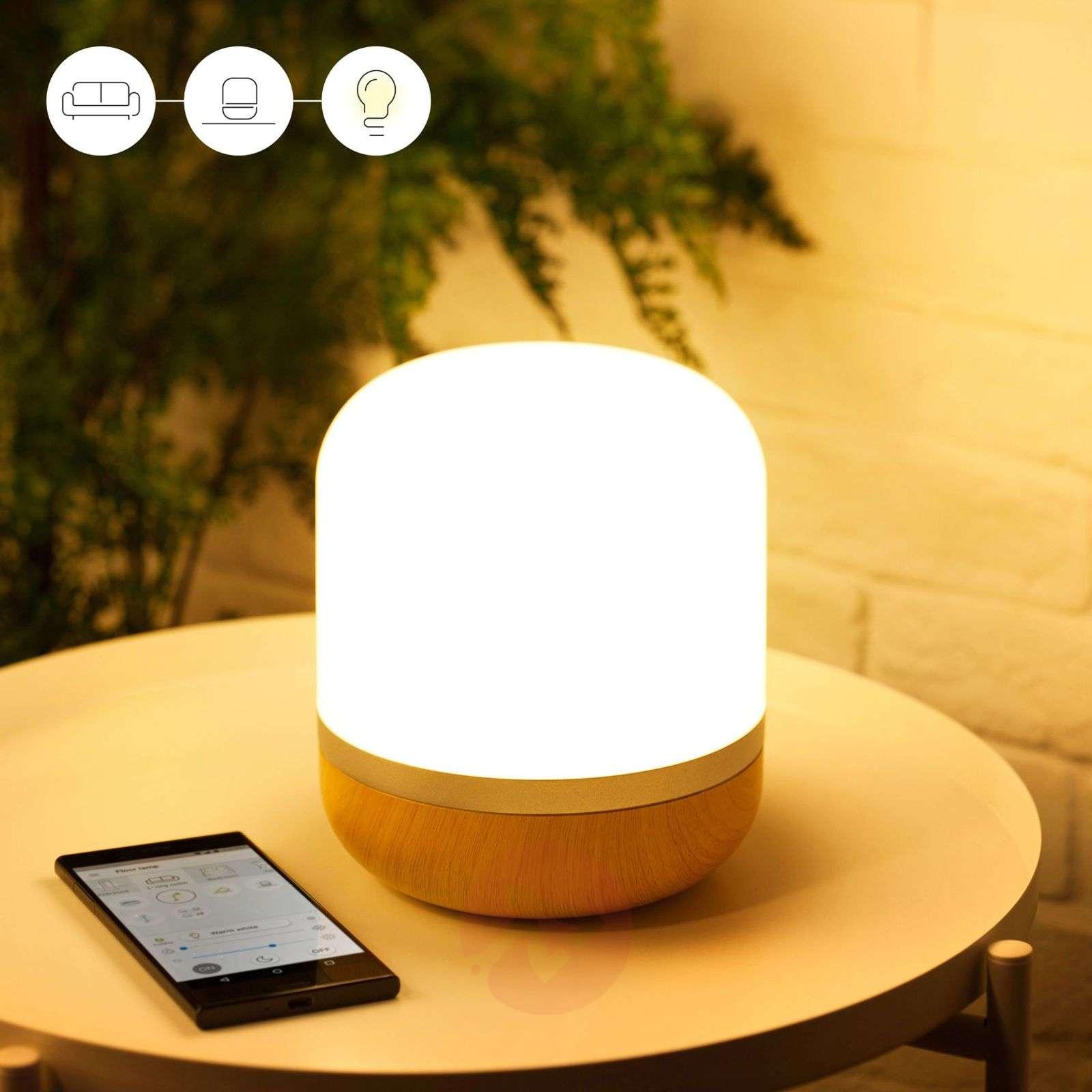 Hero – WiZ-LED-seinävalaisin puukoristejalalla-9038094-01