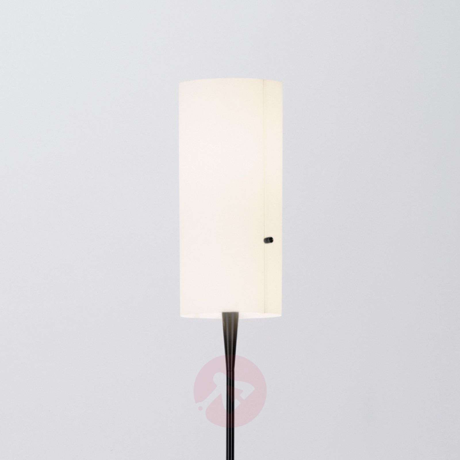 Hoikka design-lattiavalaisin Club, sintsivarjostin-8550013-01