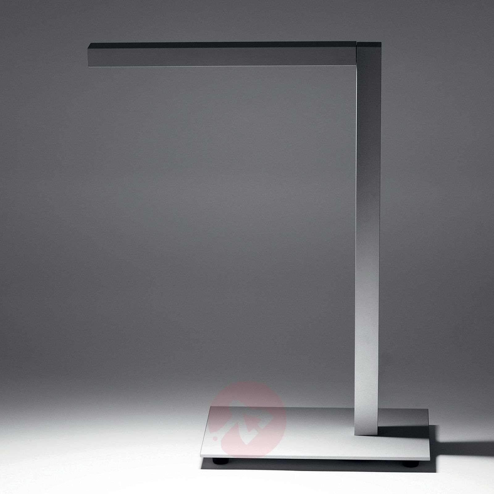 Innovatiivinen LED-pöytävalaisin Liwi-1542141-01