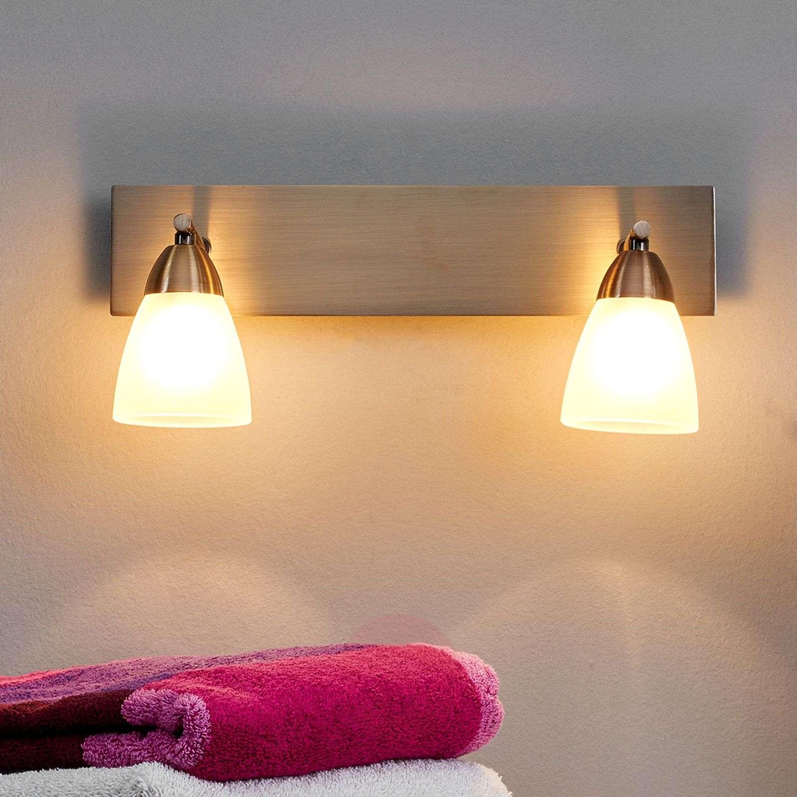 Kaksilamppuinen Nikla-kylpyhuonevalaisin-9970037-01