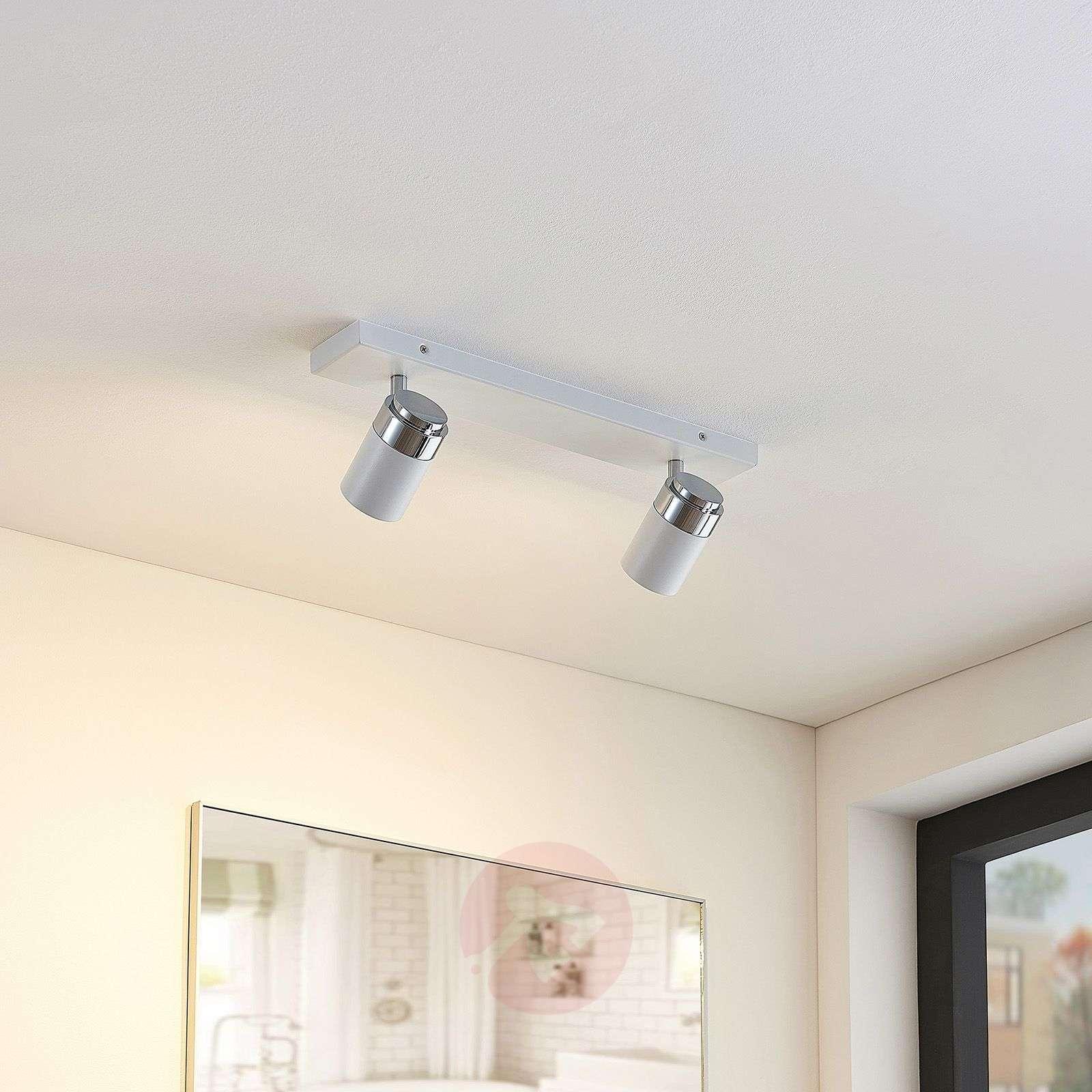 Kaksilamppuinen seinä ja kattospotti Kardo, IP44-9641085-02