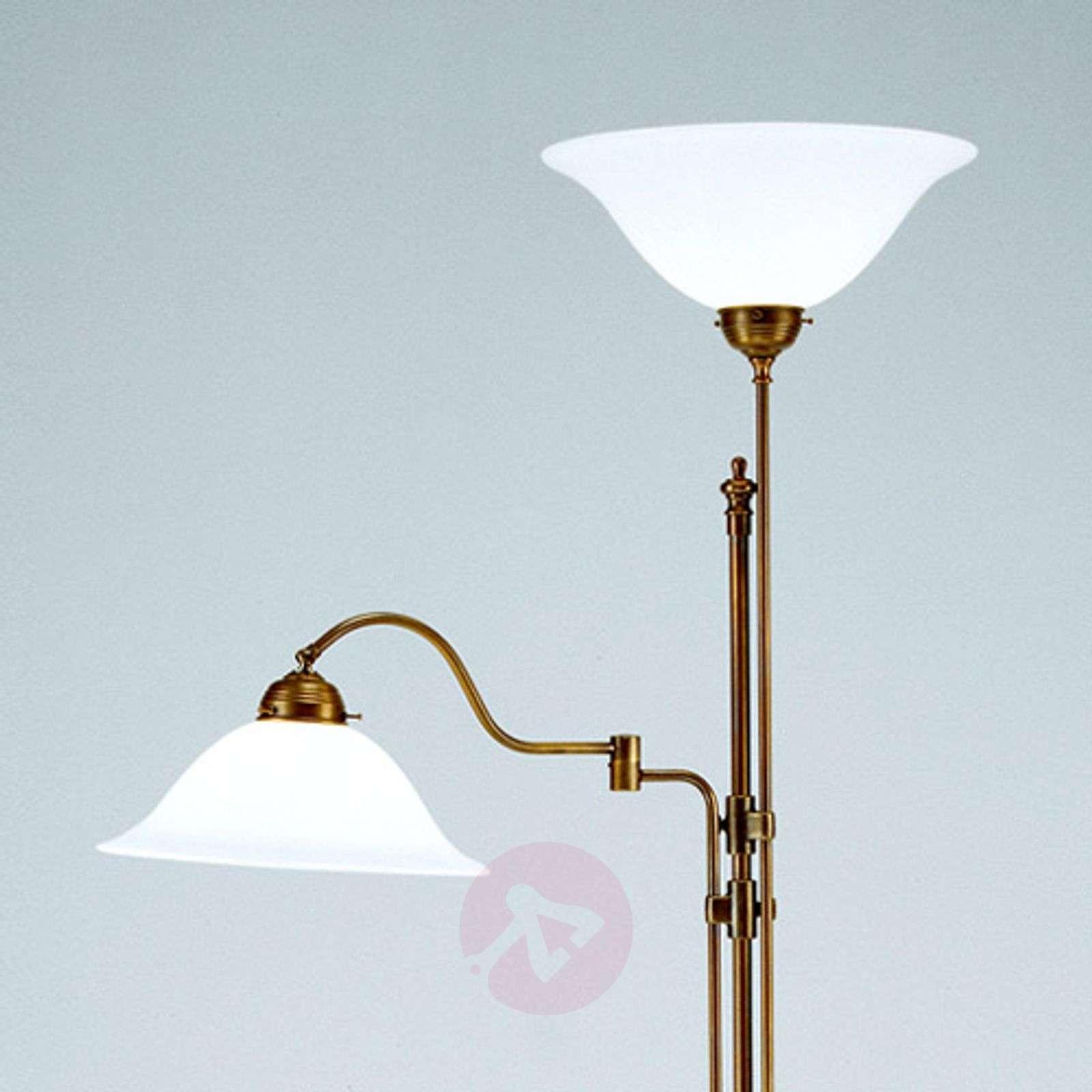 Kaksilamppuinen ylöspäin suunnattu Gustav-valaisin-1542059-01