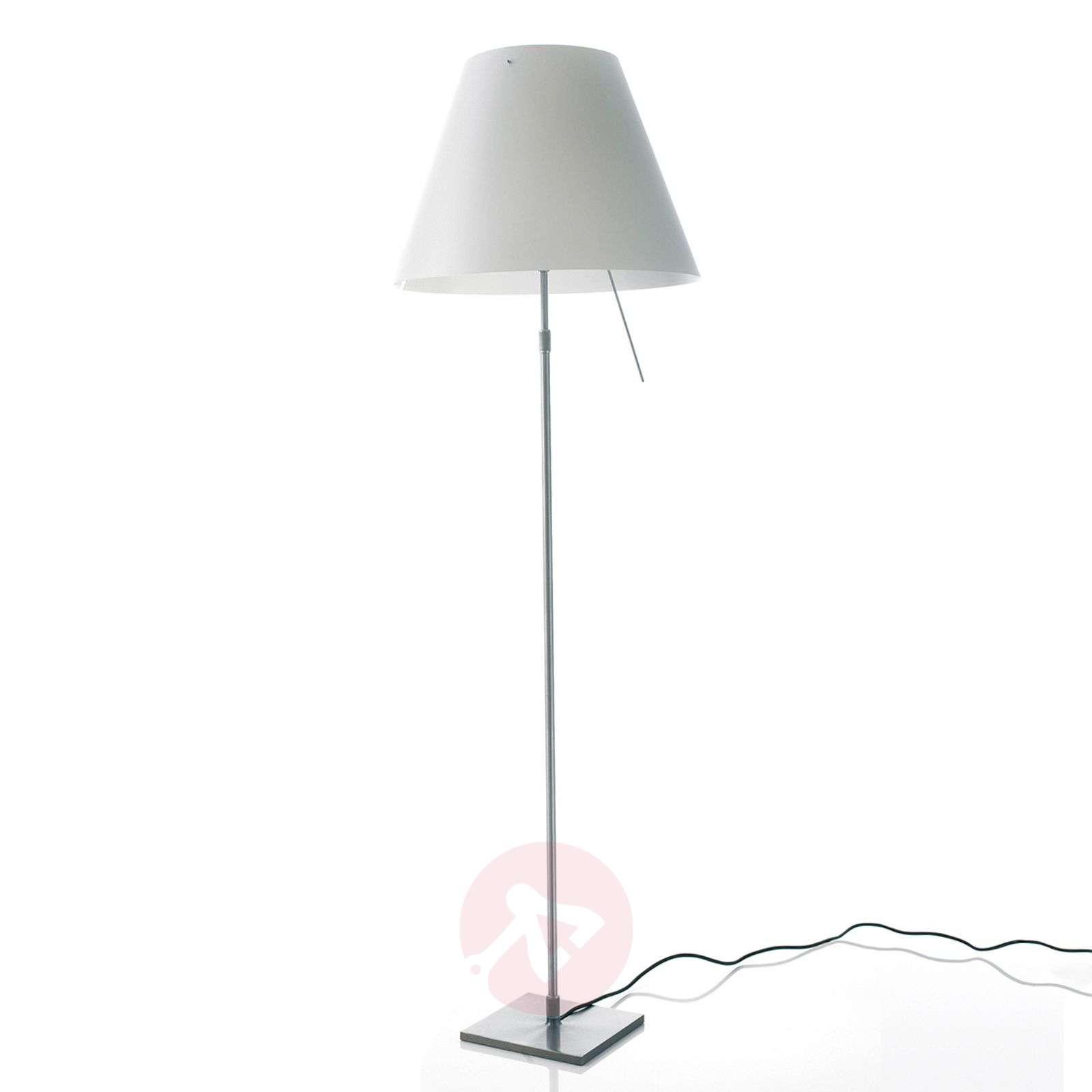 Kaunis Costanza-lattiavalaisin-6030005-01