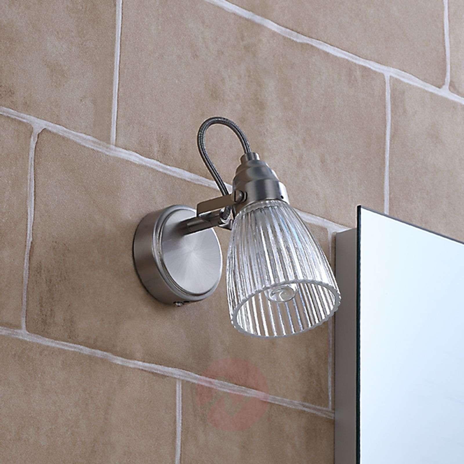 Kaunis kylpyhuoneen LED-seinävalaisin Kara, IP44-9620681-01