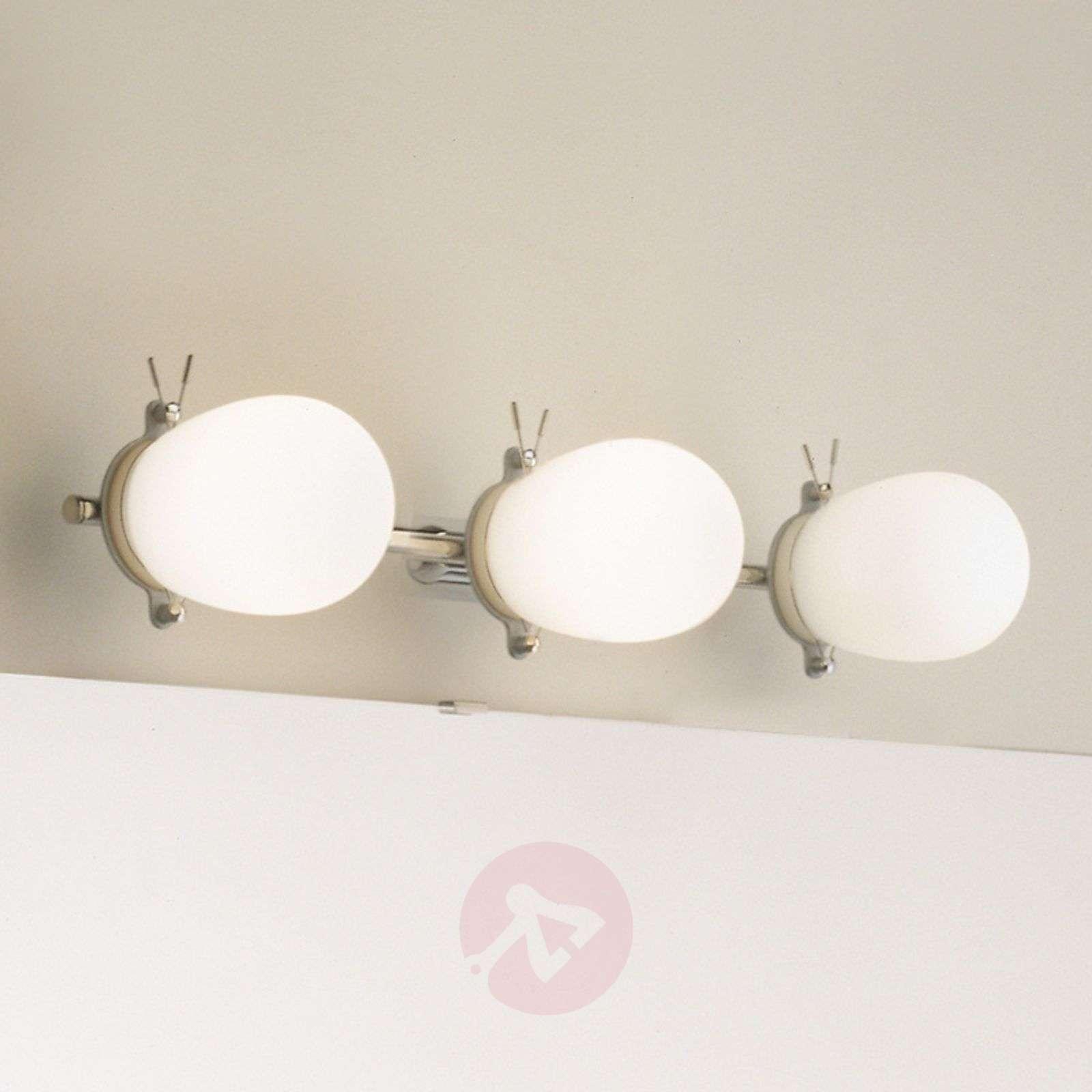 Kaunis kylpyhuoneen seinävalaisin Bano, 3 lamppua-6708040-01