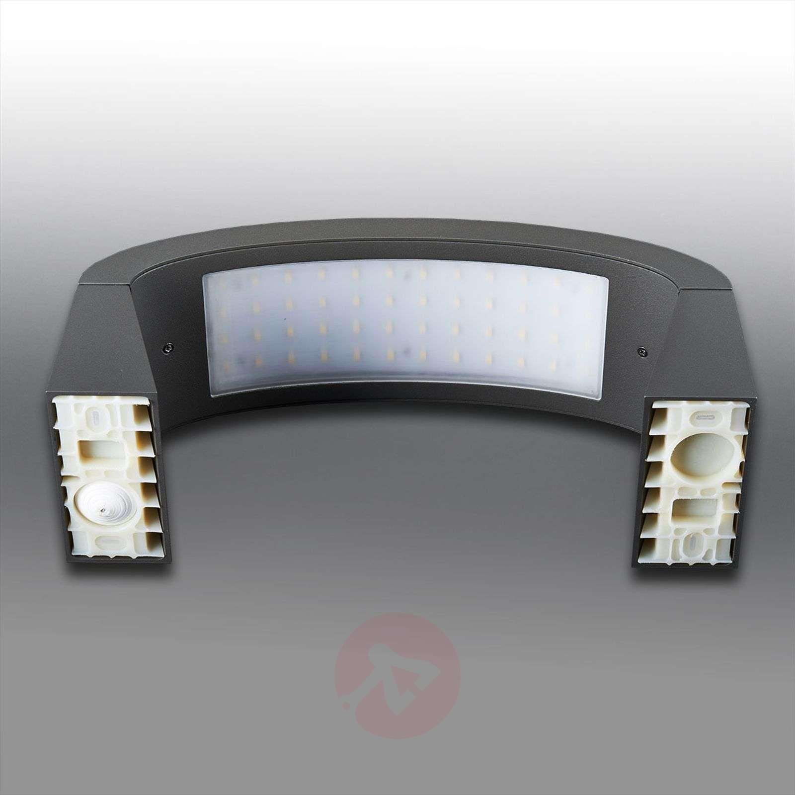 Kaunis LED-ulkoseinävalaisin Peppa, IP54-9619001-01