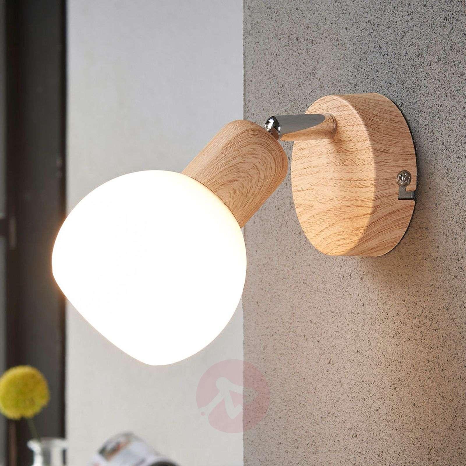 Kaunis Svenka LED-valaisin, 1-lampp. puu-9621046-03