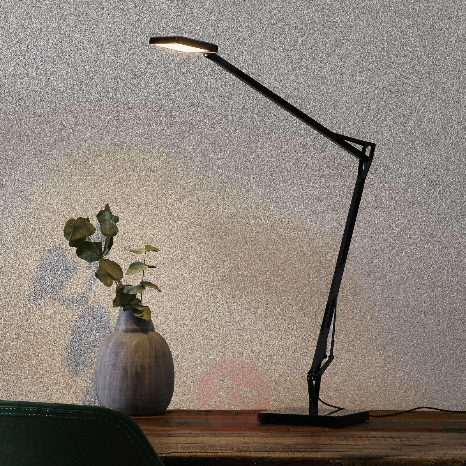 Kelvin Edge-LED-kirjoituspöytälamppu, musta-3510353-01