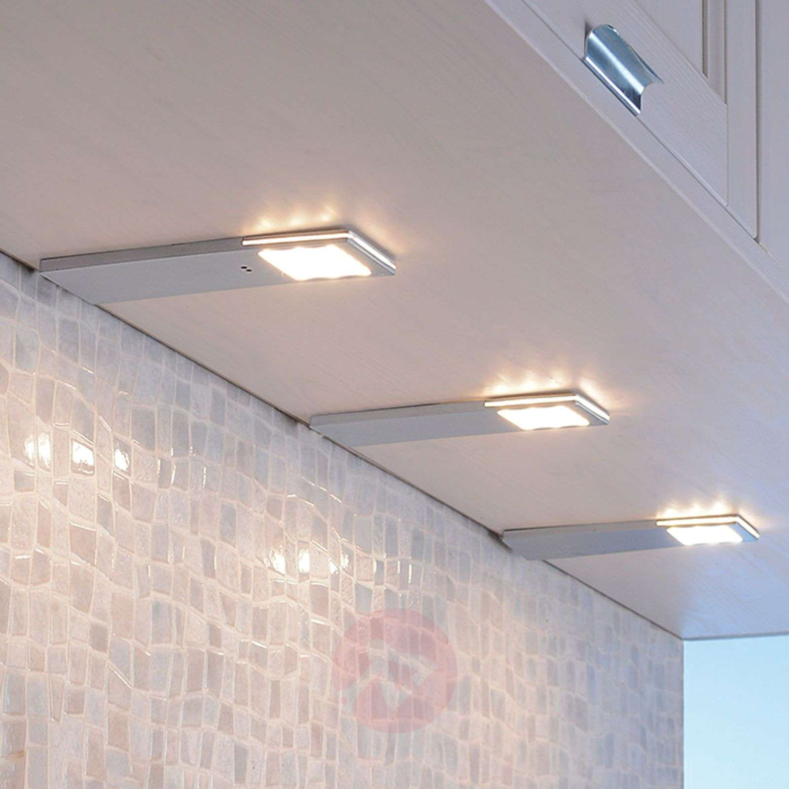 LED-kaapinalusvalo Helena 3:n setti 6,6 cm leveä-7610578-01