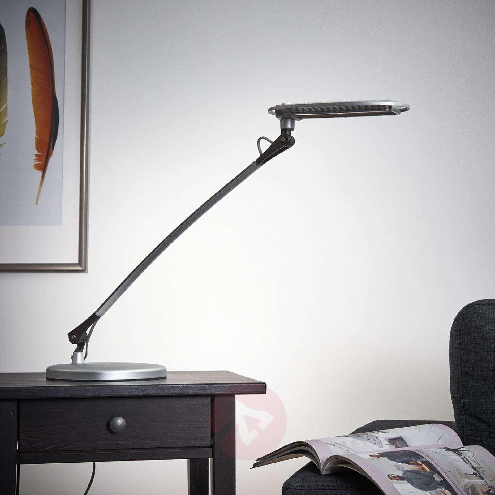 LED-pöytävalaisin Calandre, 12W-1065004-01