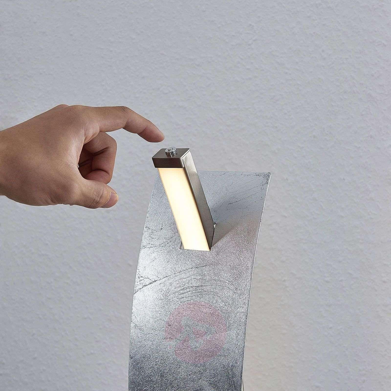 LED-pöytävalaisin Marija, hopeanvärinen-9639120-01