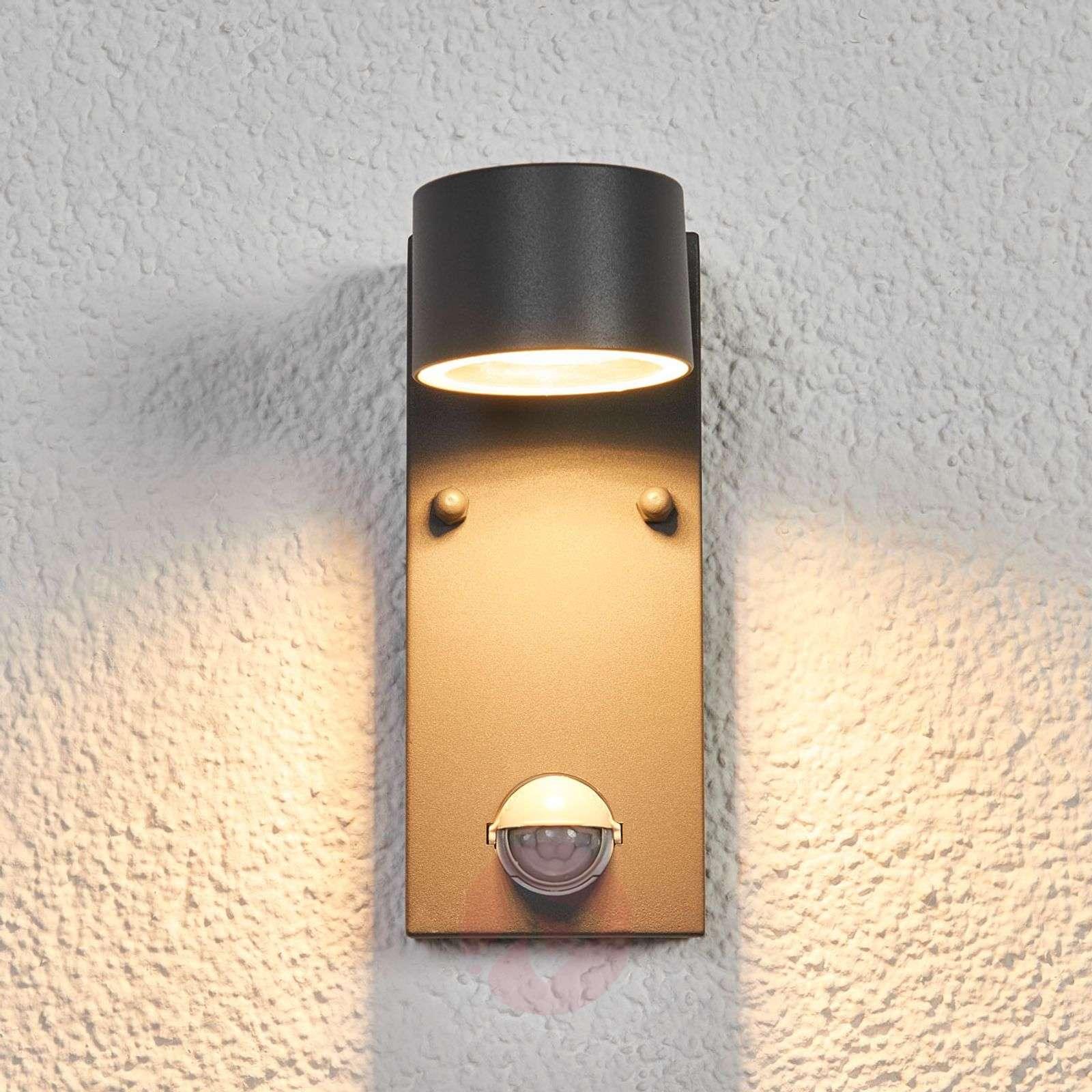 LED-ulkoseinävalaisin Lexi tunnistimella-9977002-01