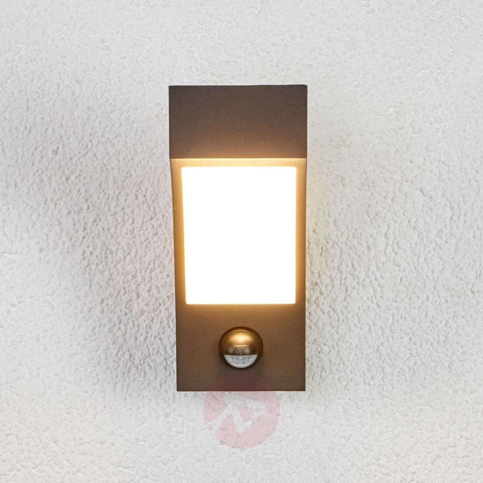 LED-ulkoseinävalaisin liiketunnistimella-9619007-032