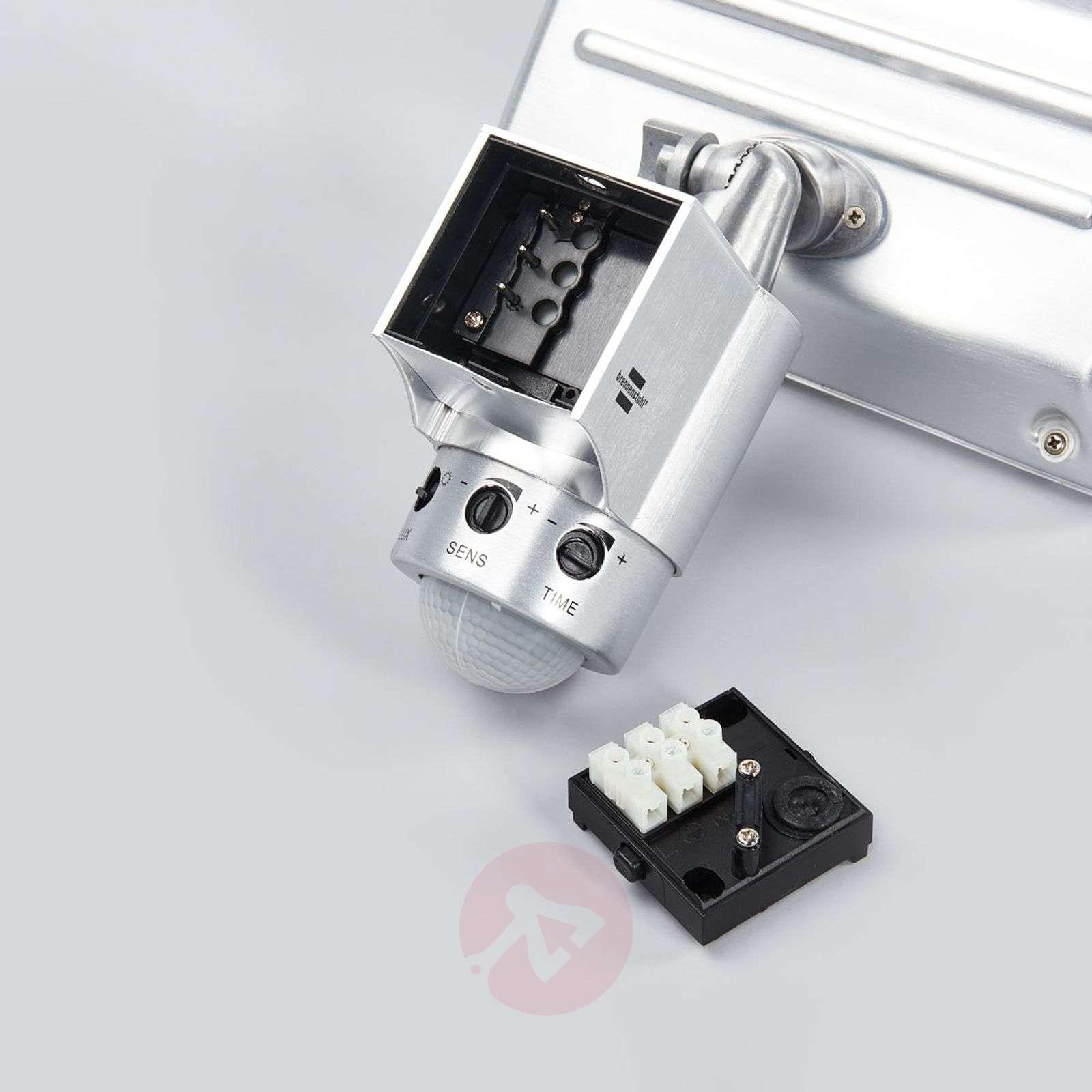 LED-ulkoseinävalo, infrapunaliiketunnistin-1540135-01