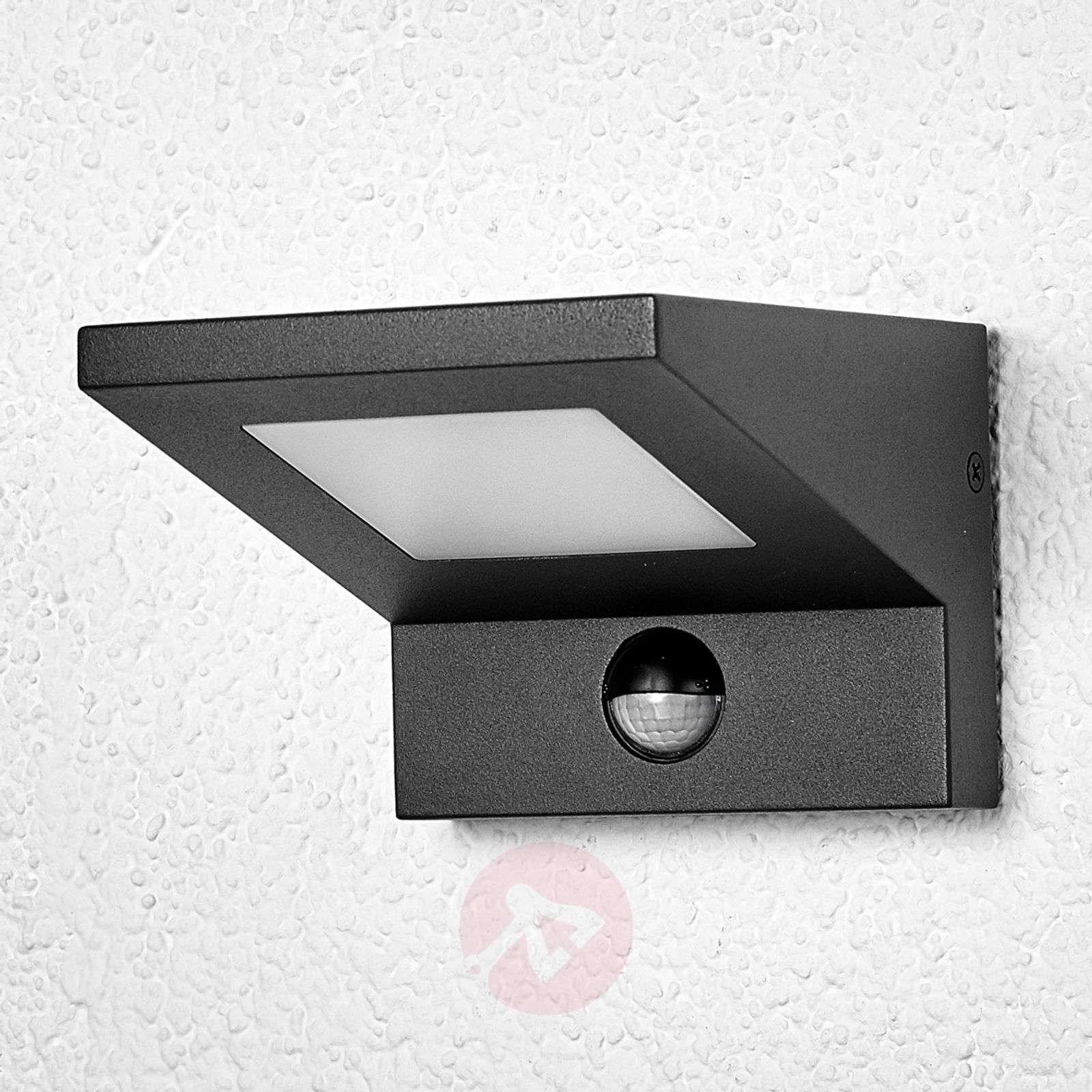 Levvon-LED-ulkoseinävalaisin liiketunnistimella-9619036-01