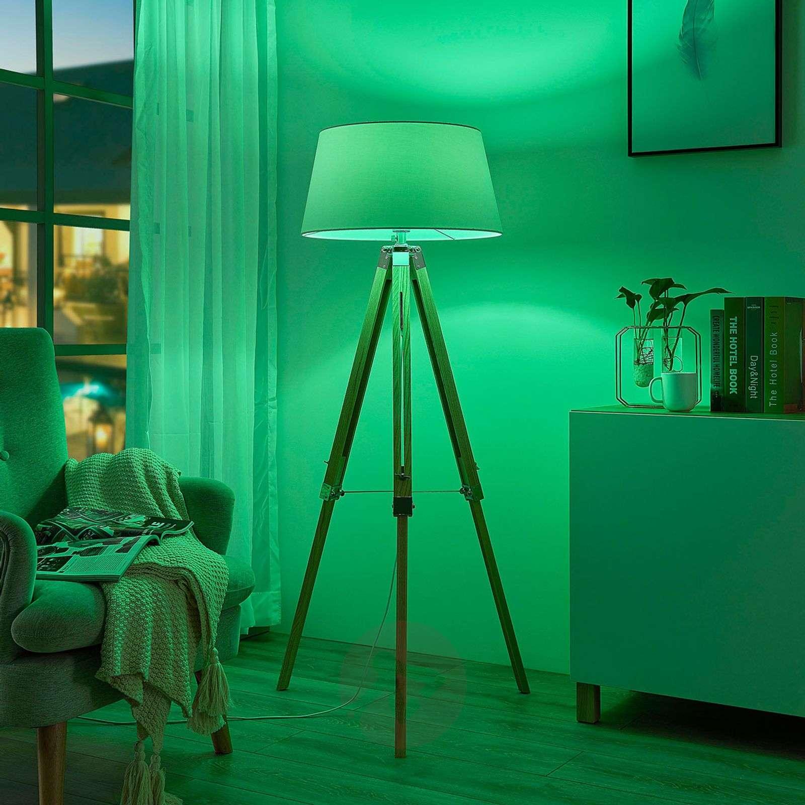 Lindby Smart LED-lattiavalo Alessa 3-jalka app RGB-9624115-02