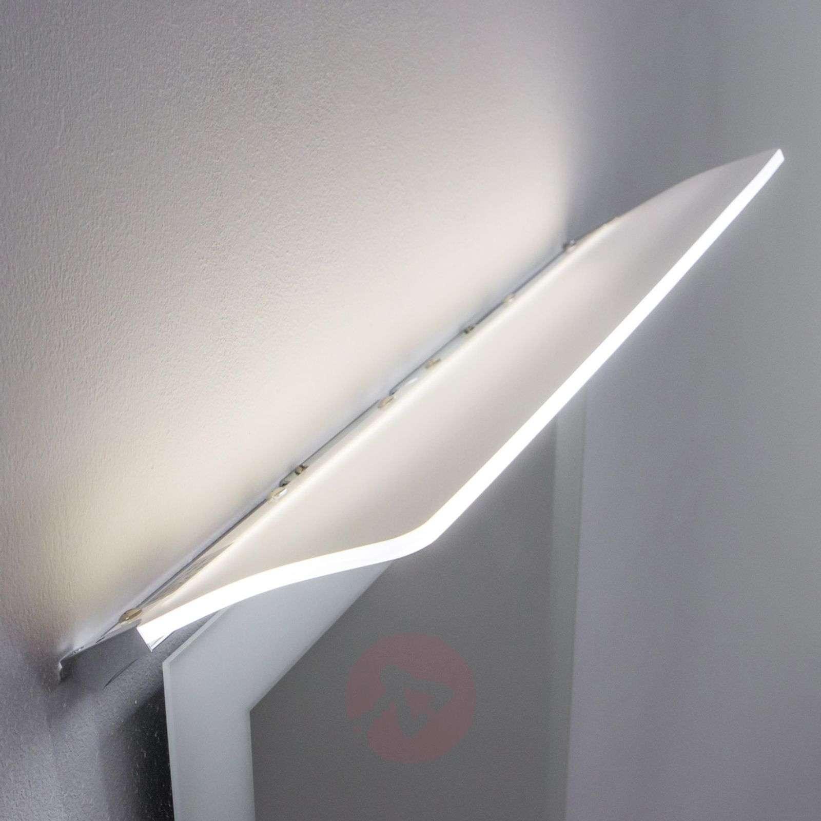 Litteä LED-peilivalaisin Angela, IP44-3052031X-010