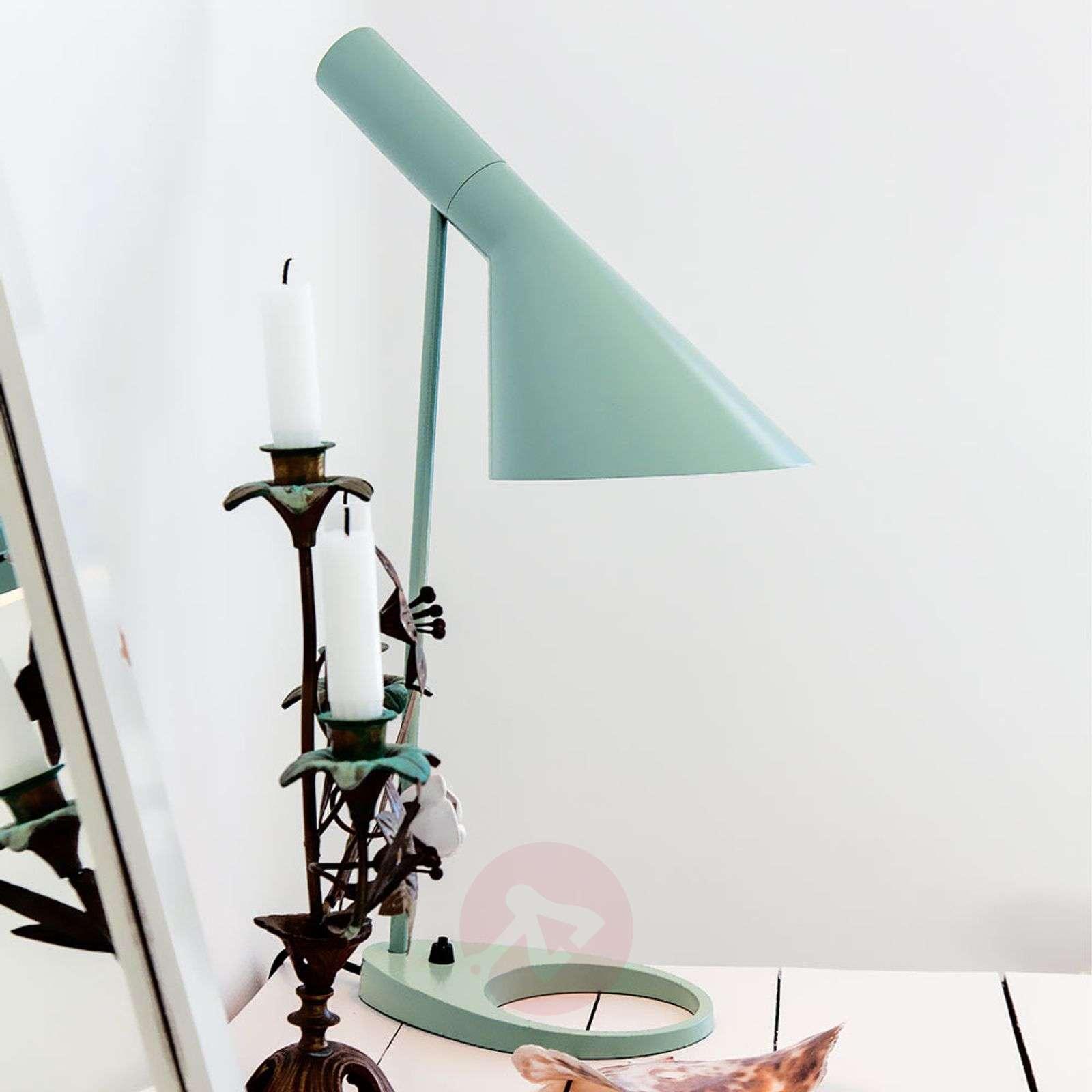 Louis Poulsen AJ – design-pöytävalaisin-6090063X-02