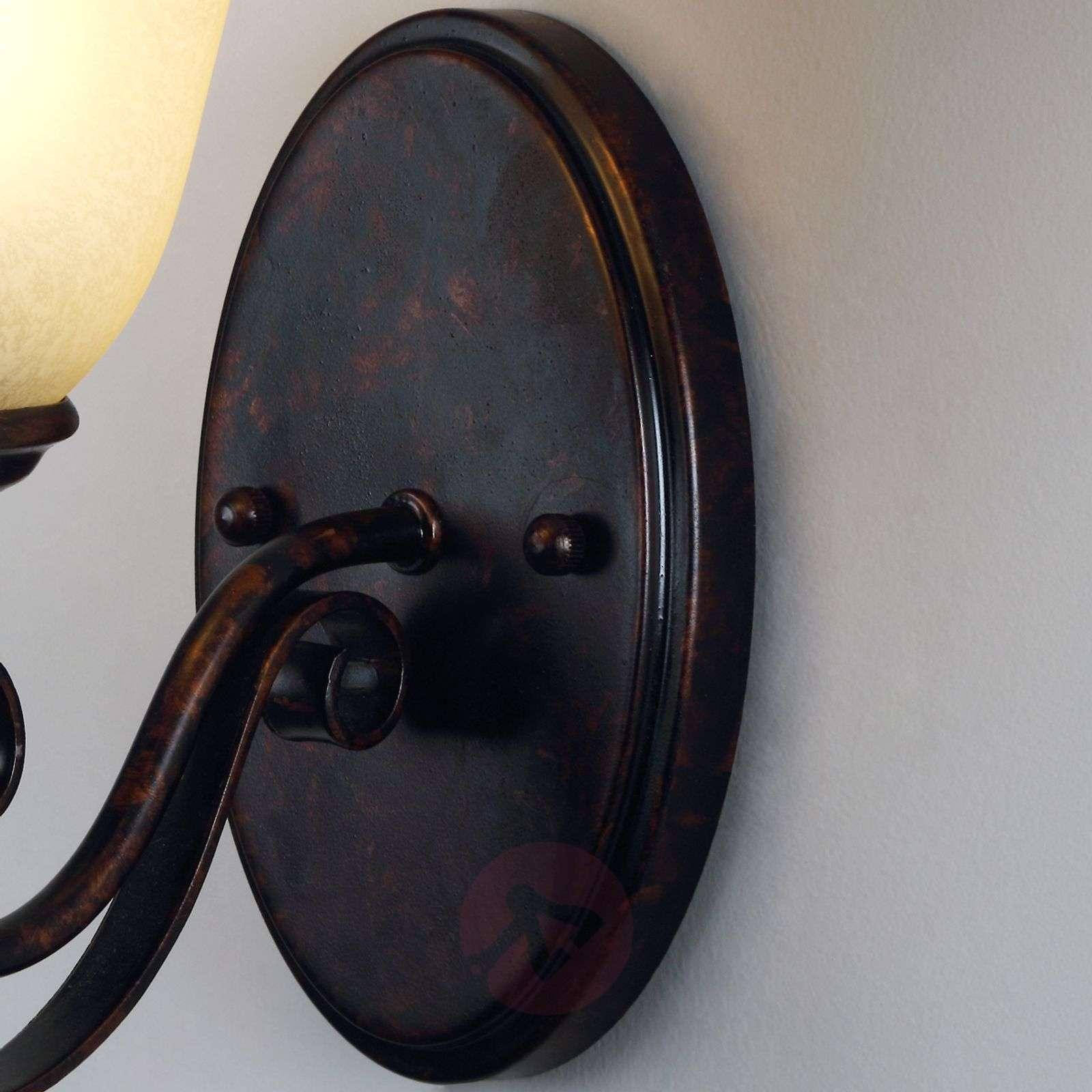 Maalaistyylinen Svera-seinävalaisin, E27-LED-9620540-02