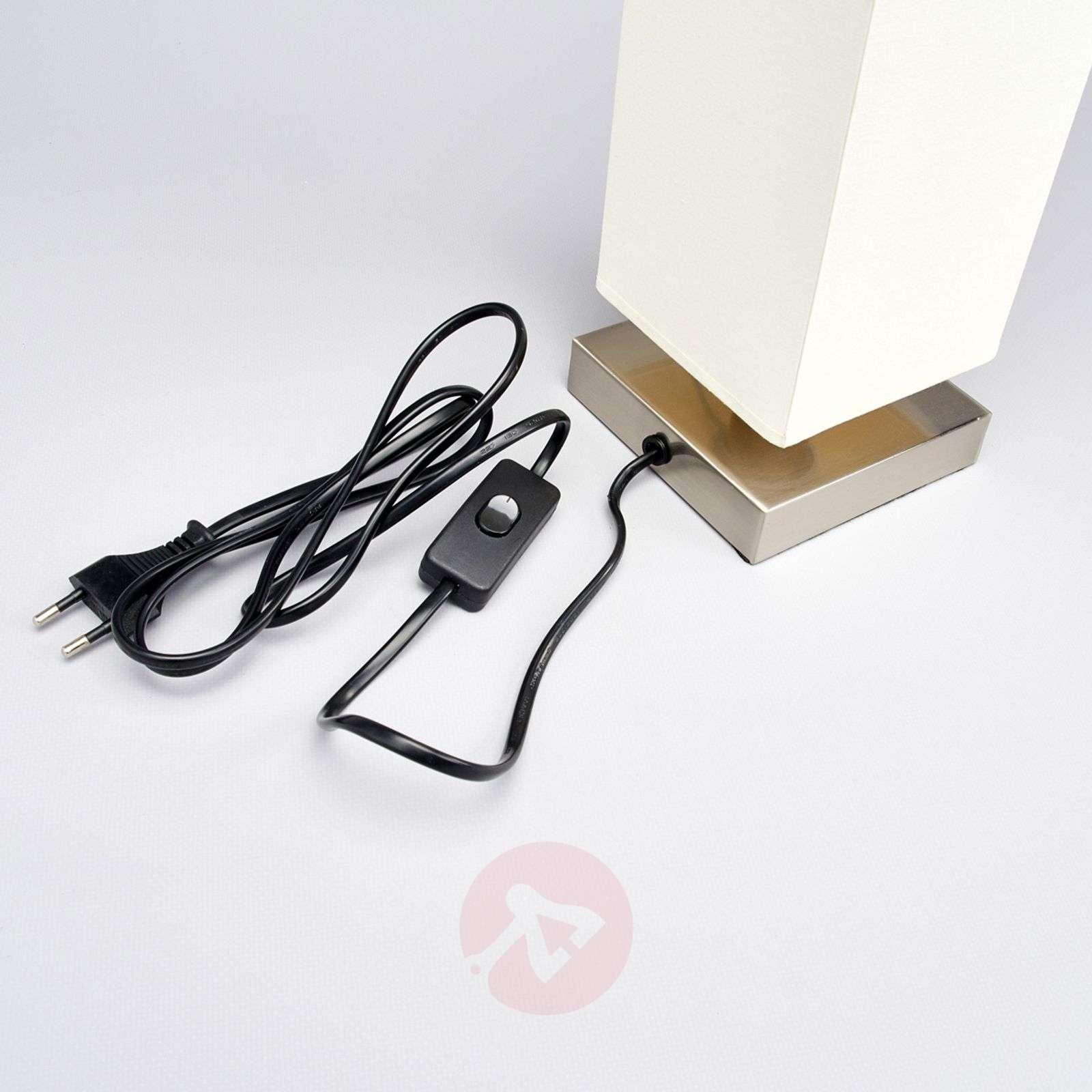 Martje valkoinen pöytävalaisin E14-LED-lampulla-9620067-01