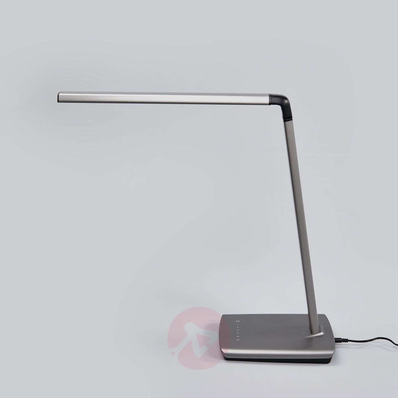 Metallinharmaa Kuno-pöytävalaisin LED, himm. USB-9643036-02