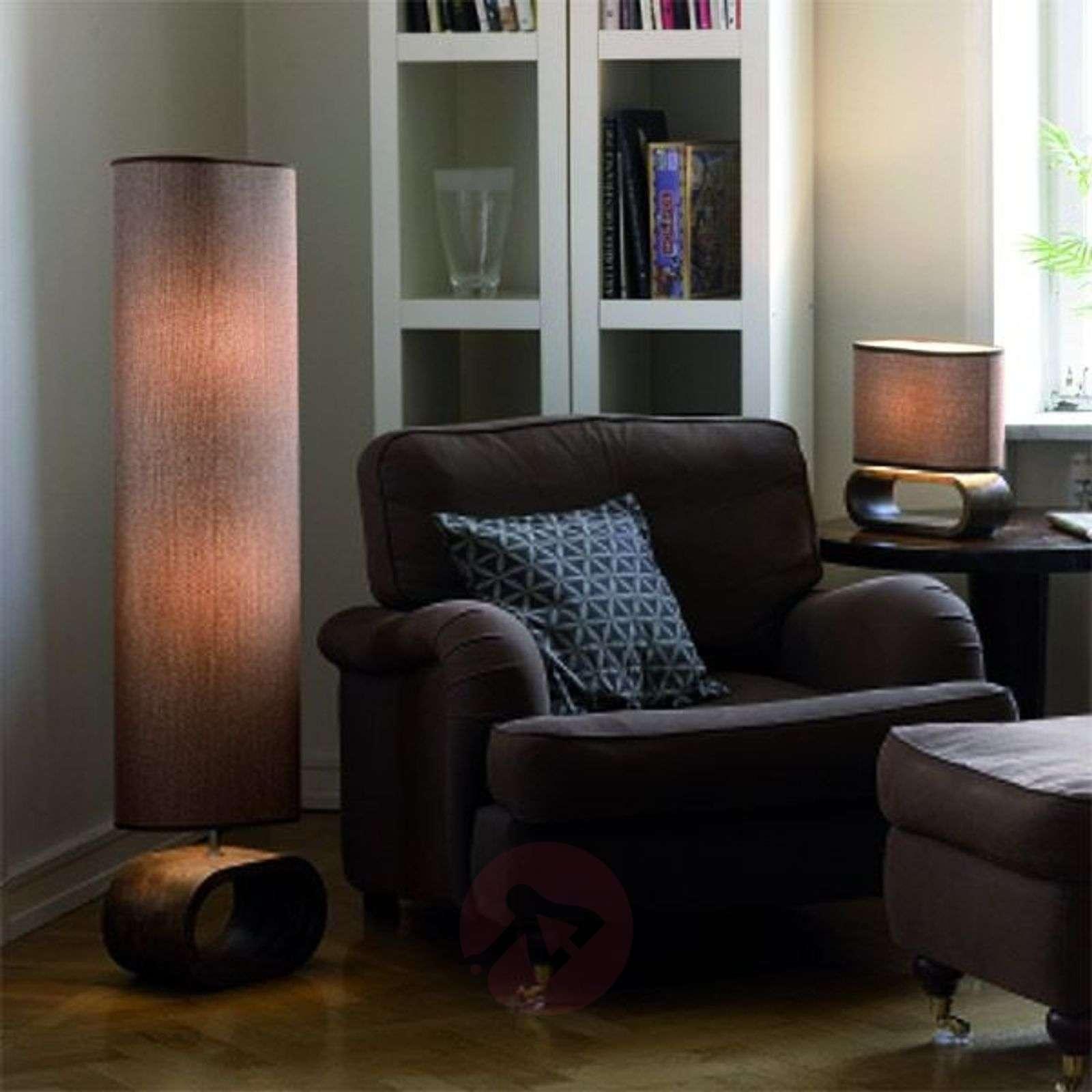 Moderni lattiavalaisin Neksö, beige-6505058-01