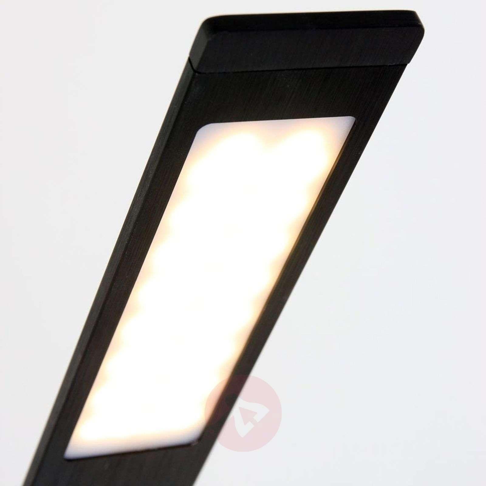 Musta LED-lattiavalaisin Serenade himmentimellä-8509729-01