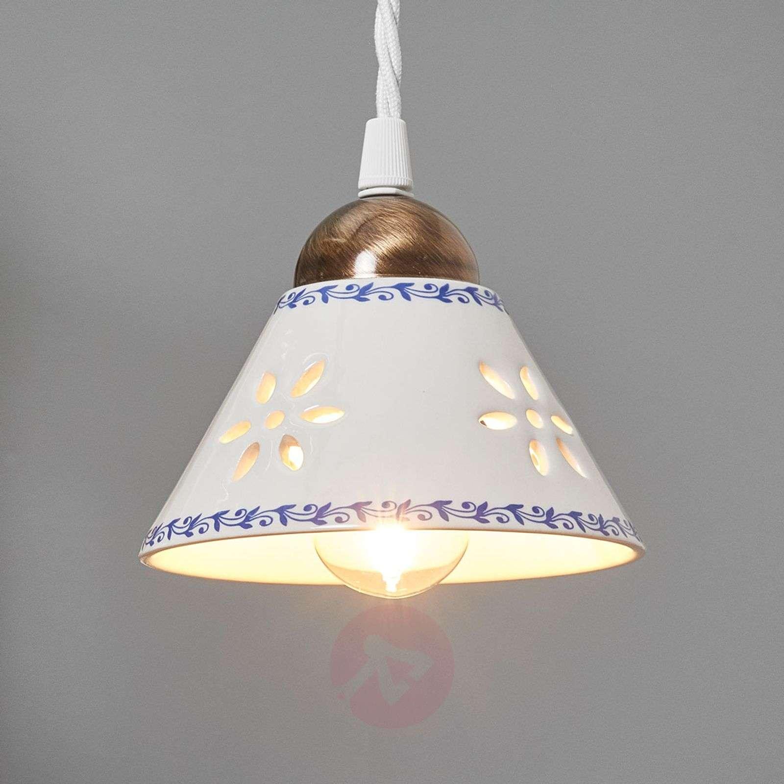 NONNA-riippuvalaisin valkoista keramiikkaa-2013026-01