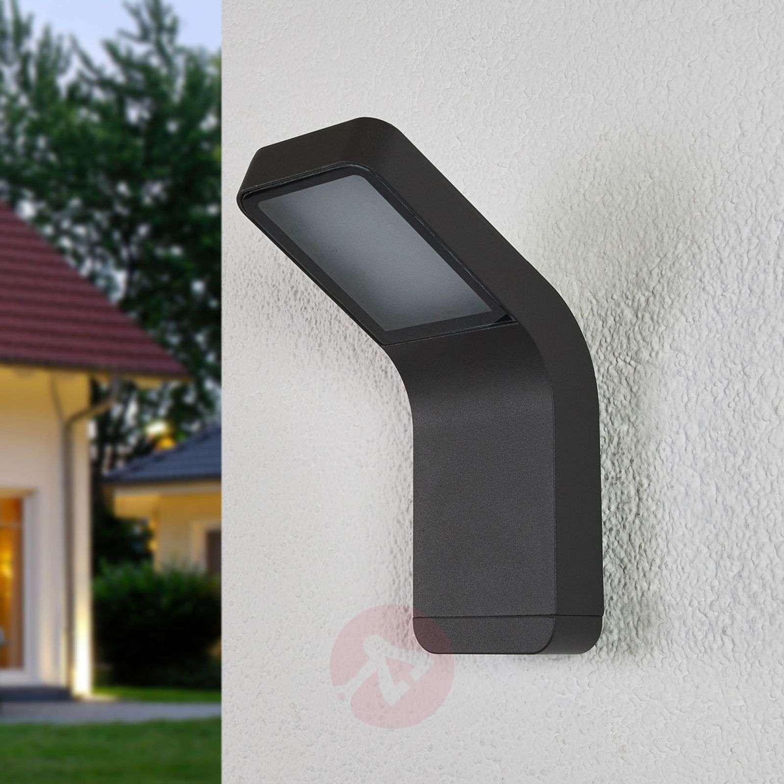 Nykyaikainen LED-ulkoseinävalaisin Maddox-9955034-01