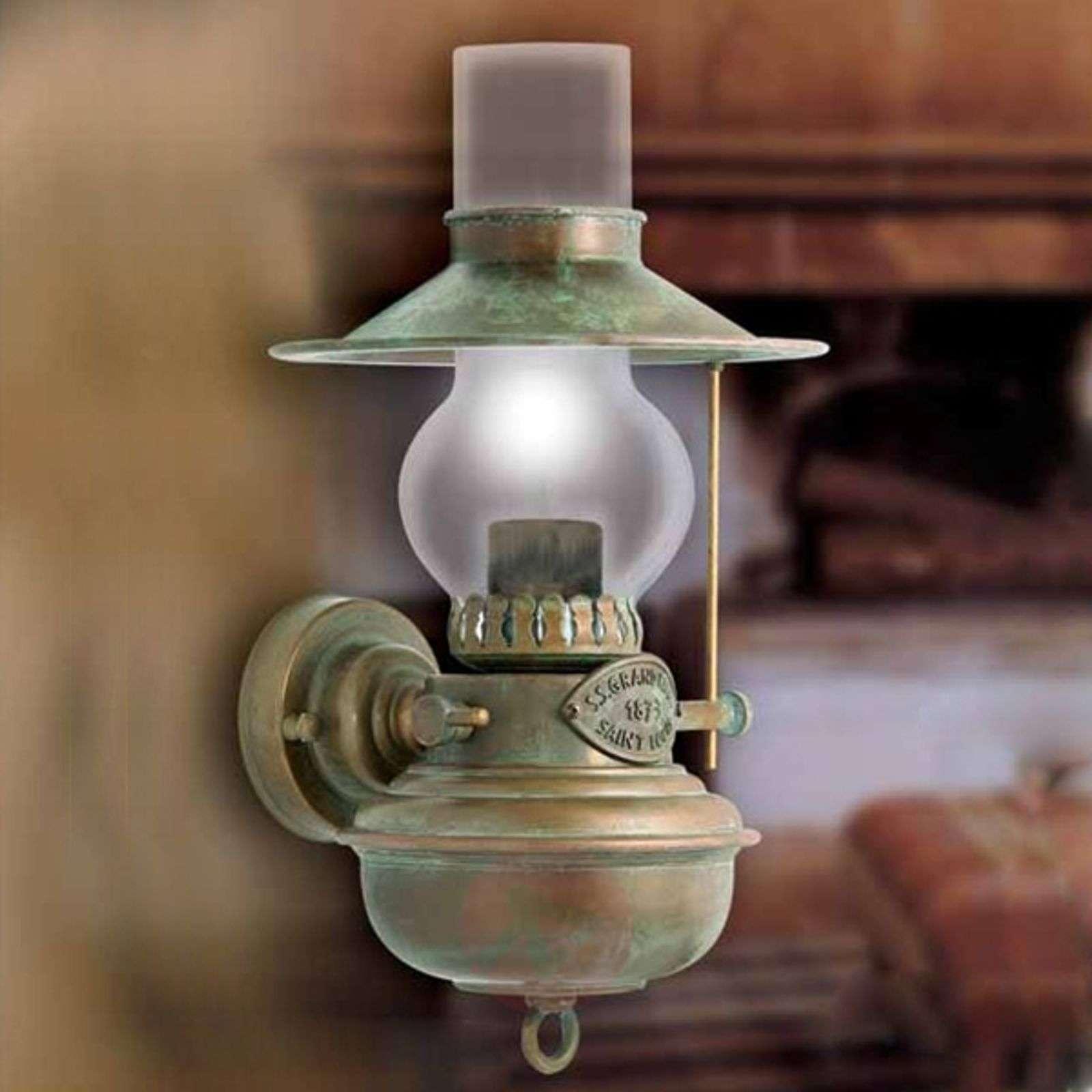 Öljylampun näköinen Guadalupa-seinävalaisin-6515030-01