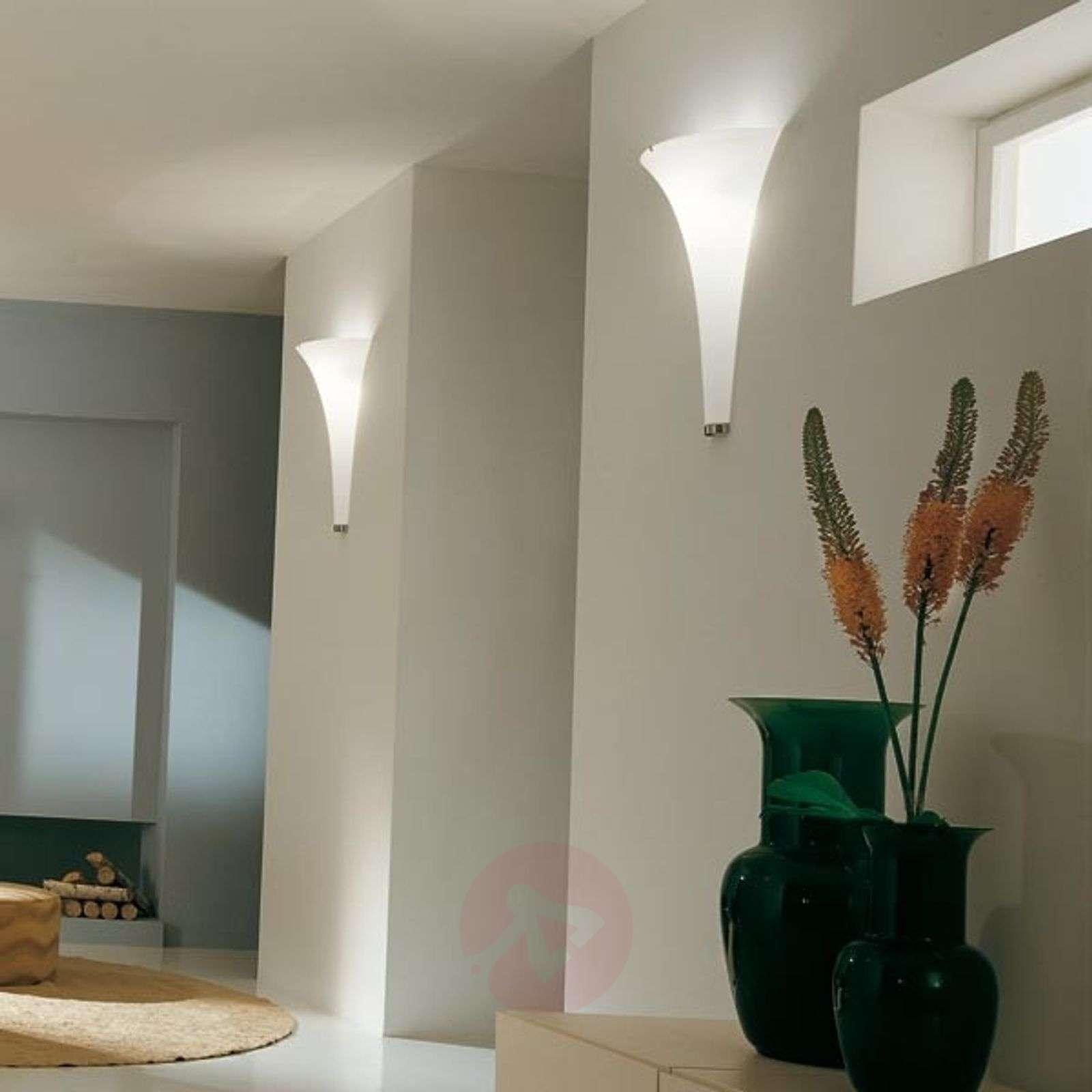 Olimpia kiehtova design-seinävalaisin-2502194-01