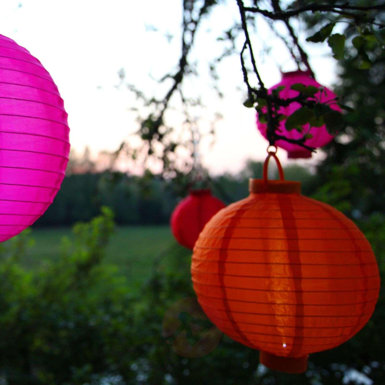 Oranssi aurinkokäyttöinen Jerrit-paperilyhty, LED-1522990-01
