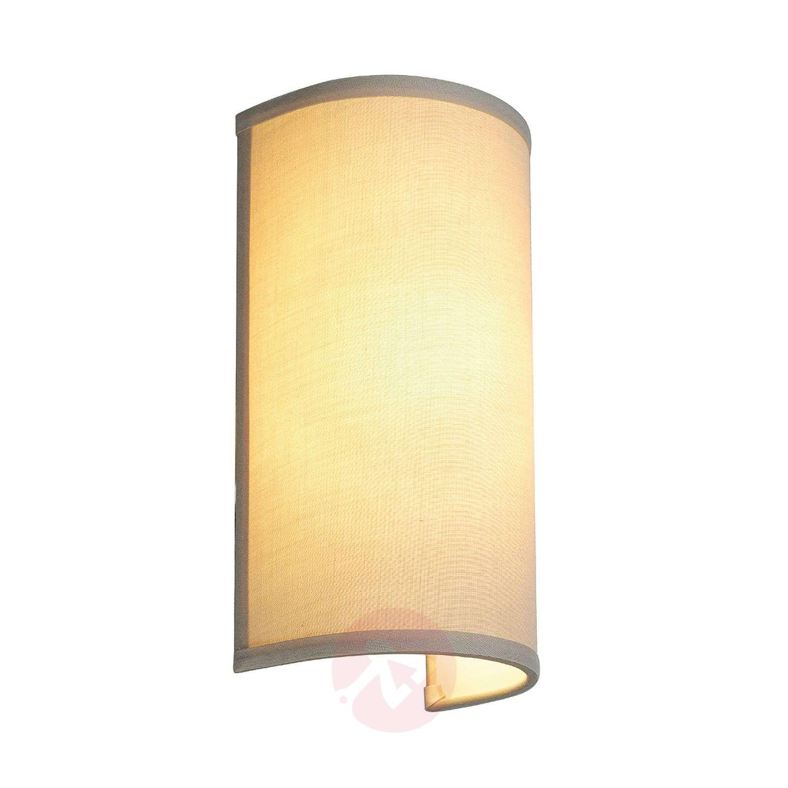 Pehmeää valoa säteilevät Soprana-seinävalaisin-5504416-01