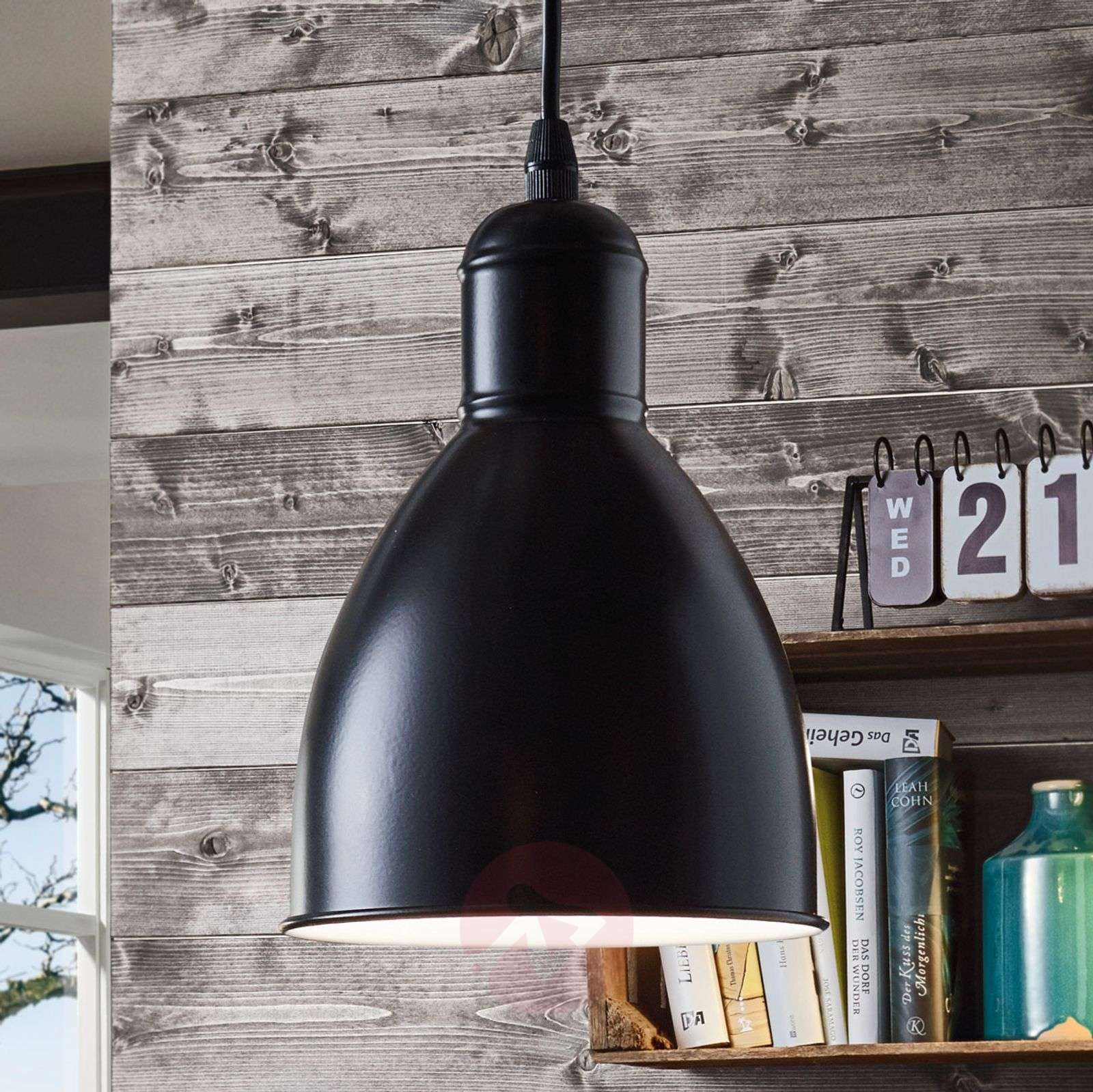 Priddy 1 vintage-riippuvalo 1-lamppuinen musta