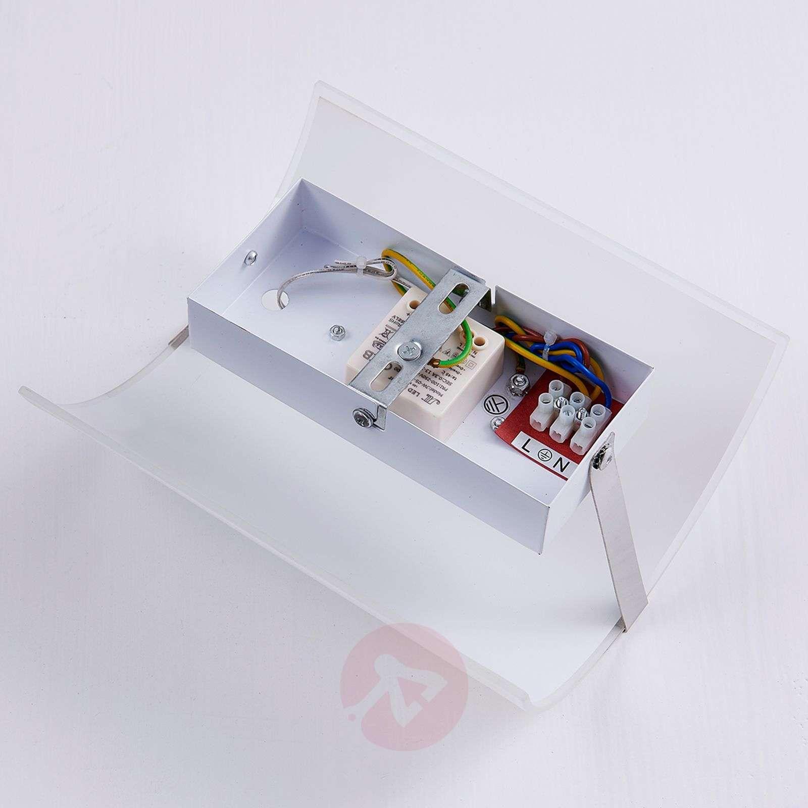Puolipyöreä LED-seinävalaisin Helmi, lasivarjostin-9620943-02